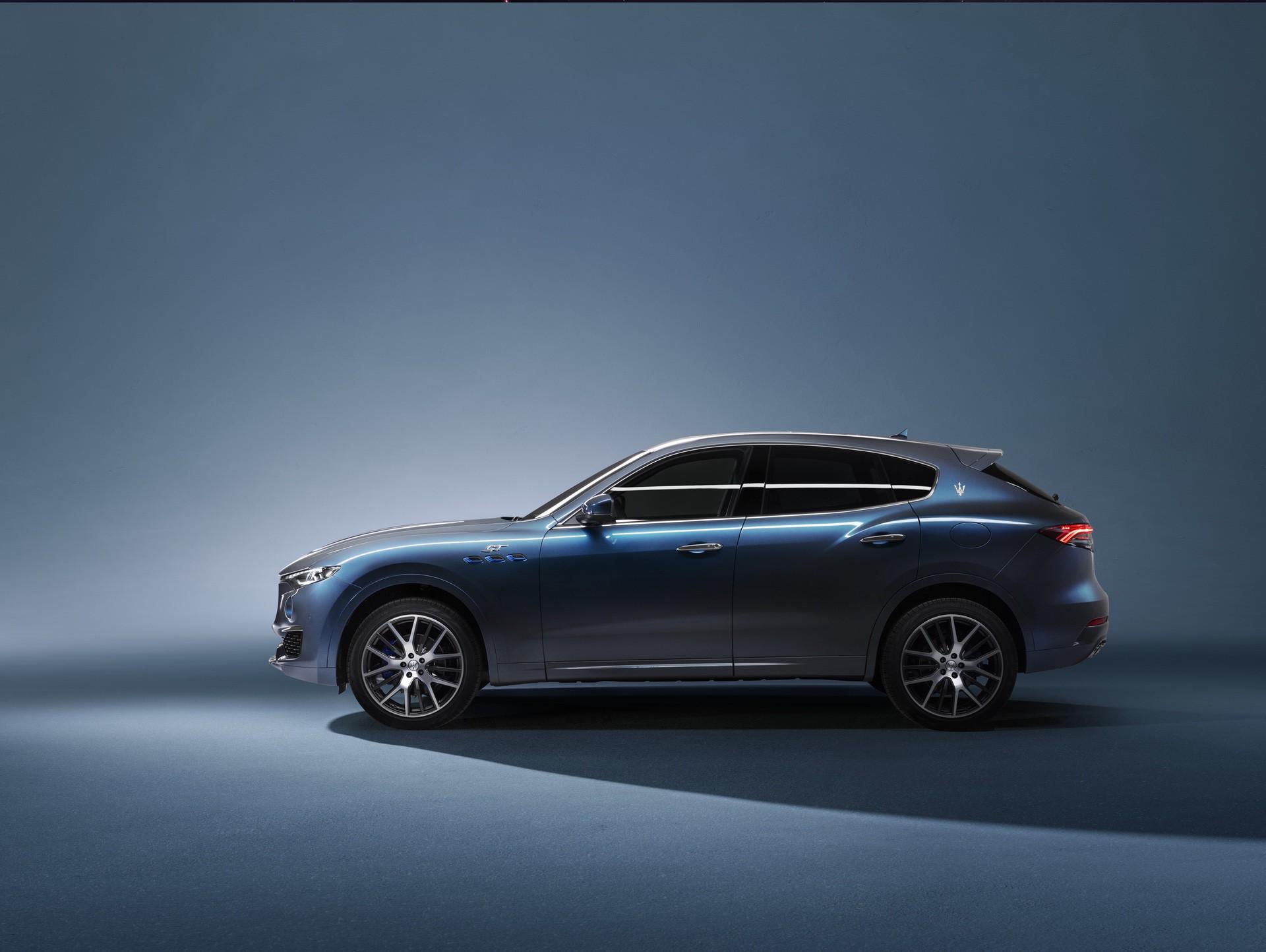 2022_Maserati_Levante_Hybrid-0040