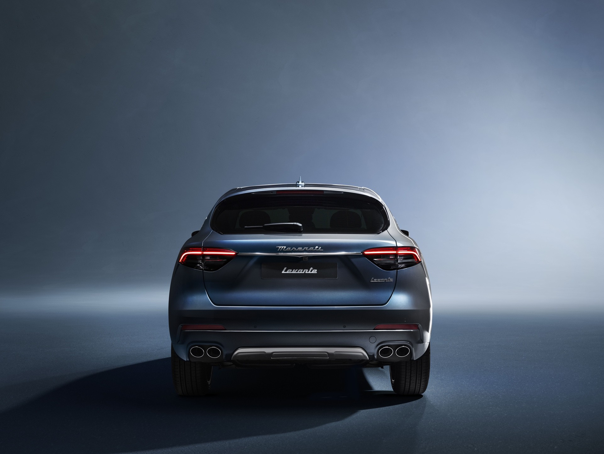 2022_Maserati_Levante_Hybrid-0042