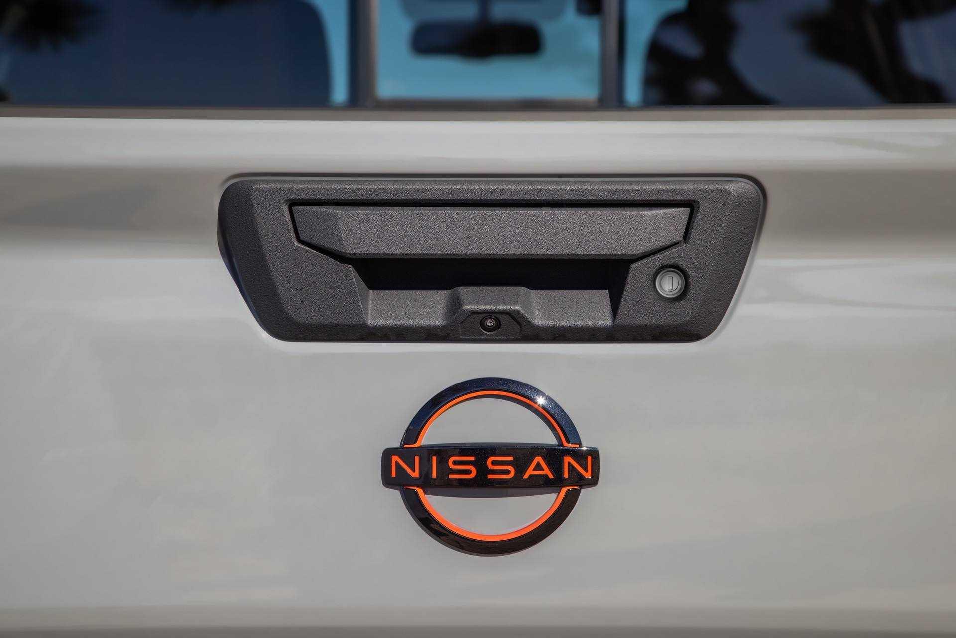 2022_Nissan_Frontier_0004