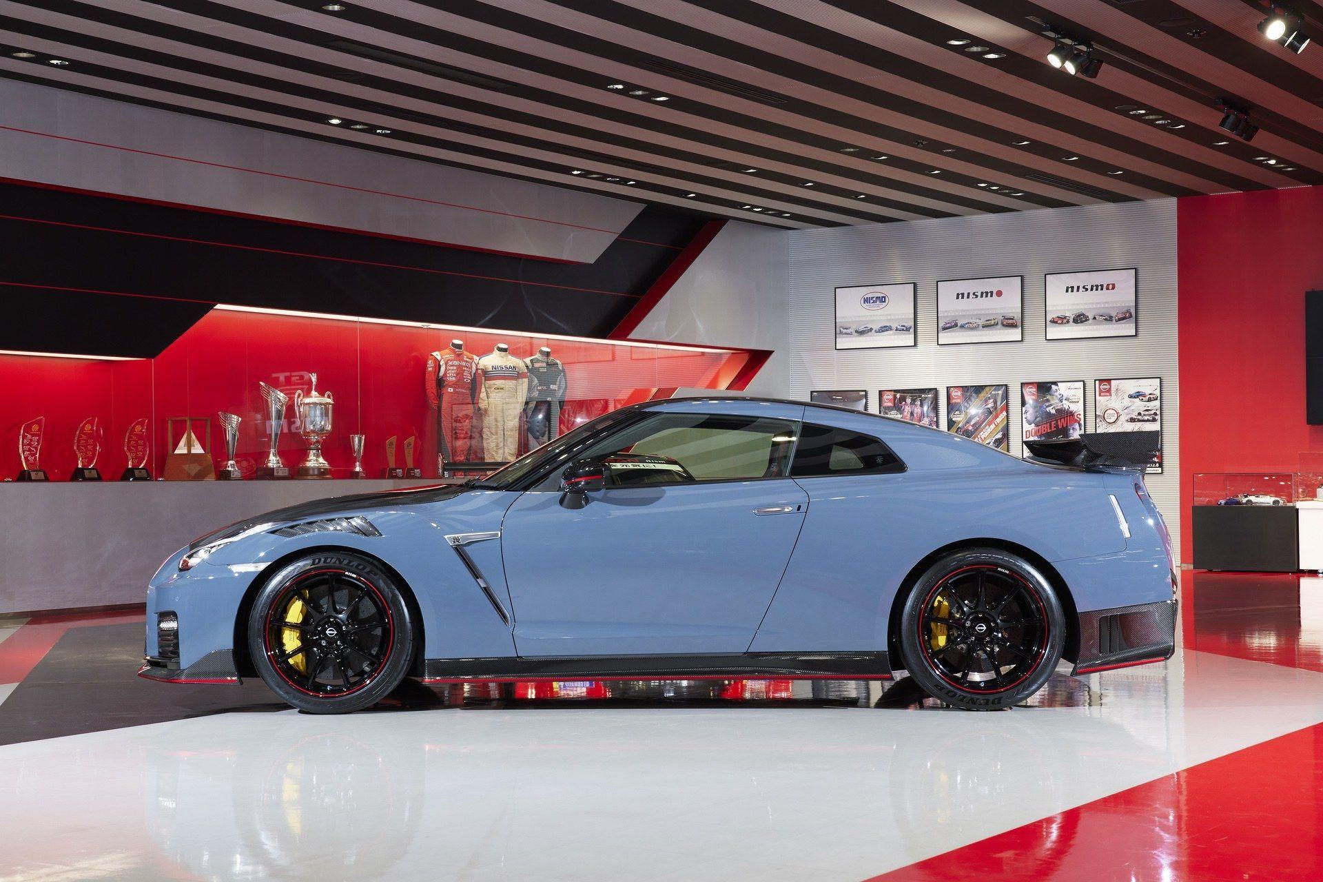 2021_Nissan_GT-R_Nismo-Special_Edition-0002