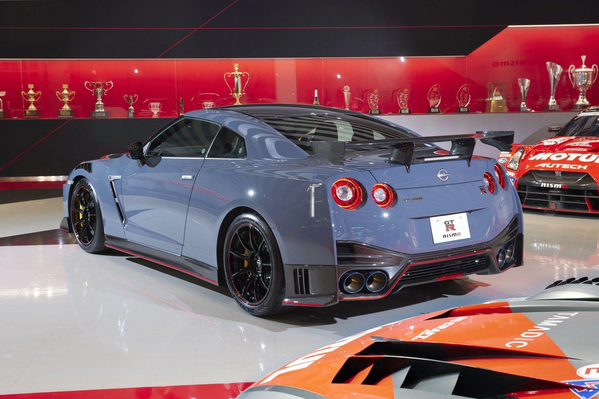 2021_Nissan_GT-R_Nismo-Special_Edition-0003