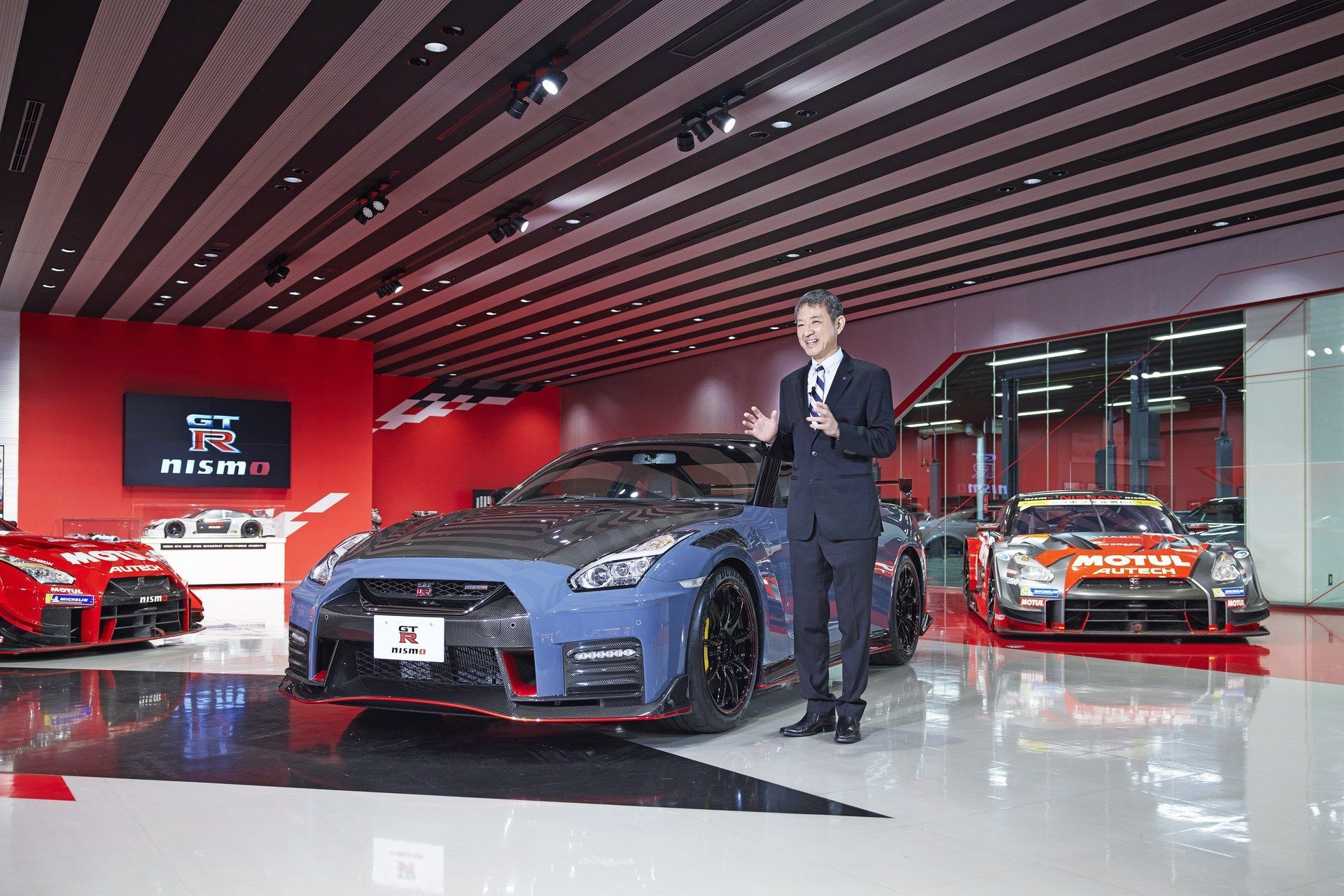 2021_Nissan_GT-R_Nismo-Special_Edition-0014