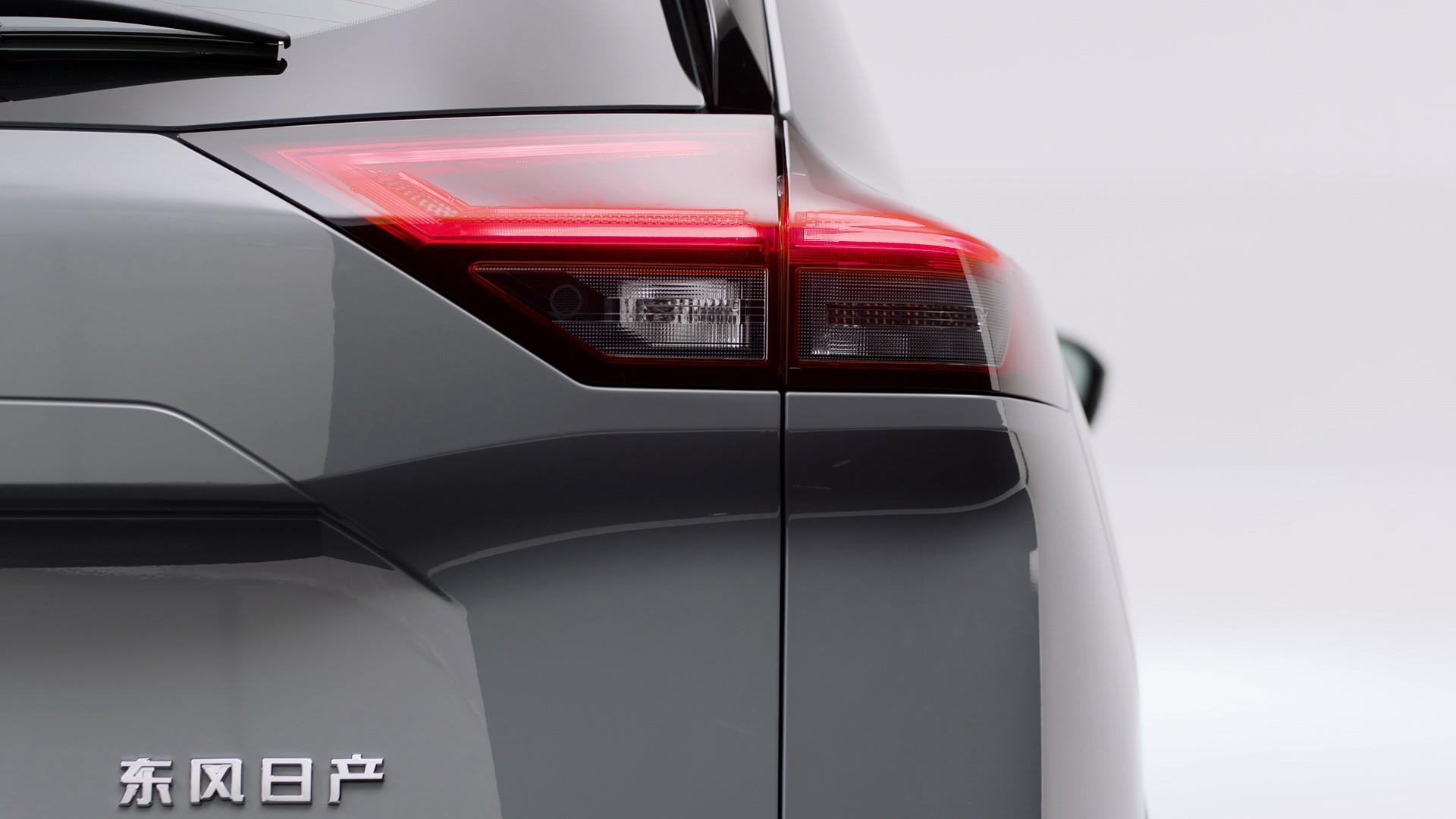 2022_Nissan_X-Trail-0007