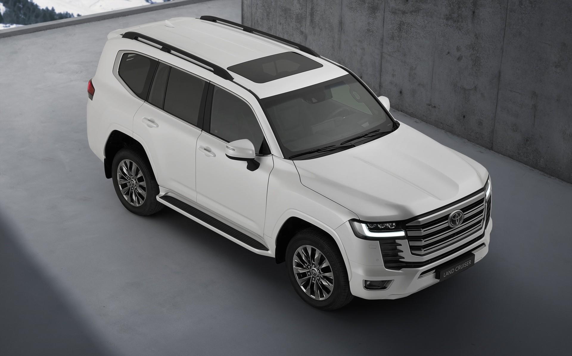 2021_Toyota_Land_Cruiser-0005
