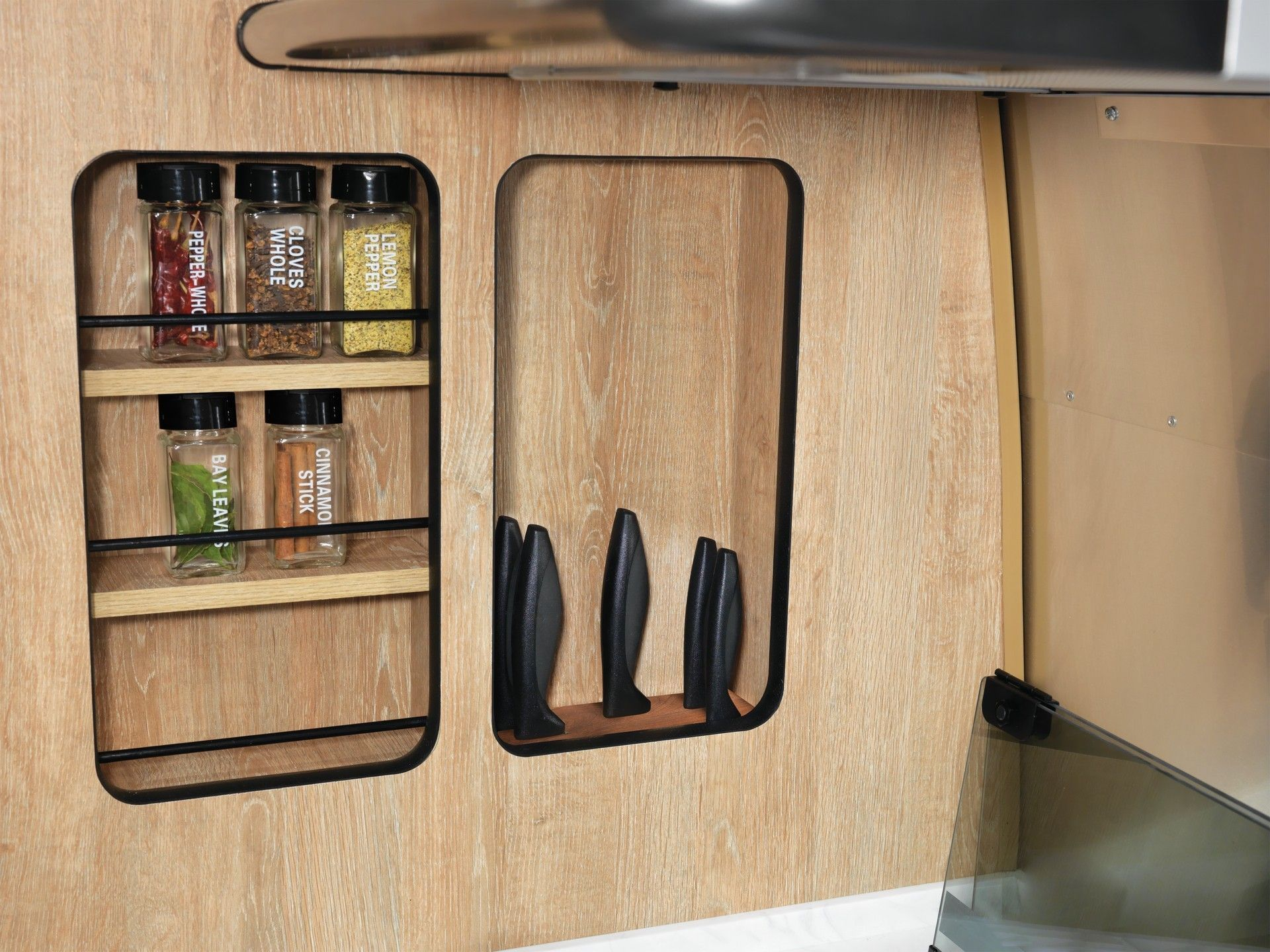 Airstream_Pottery_Barn_Special_Edition-0011