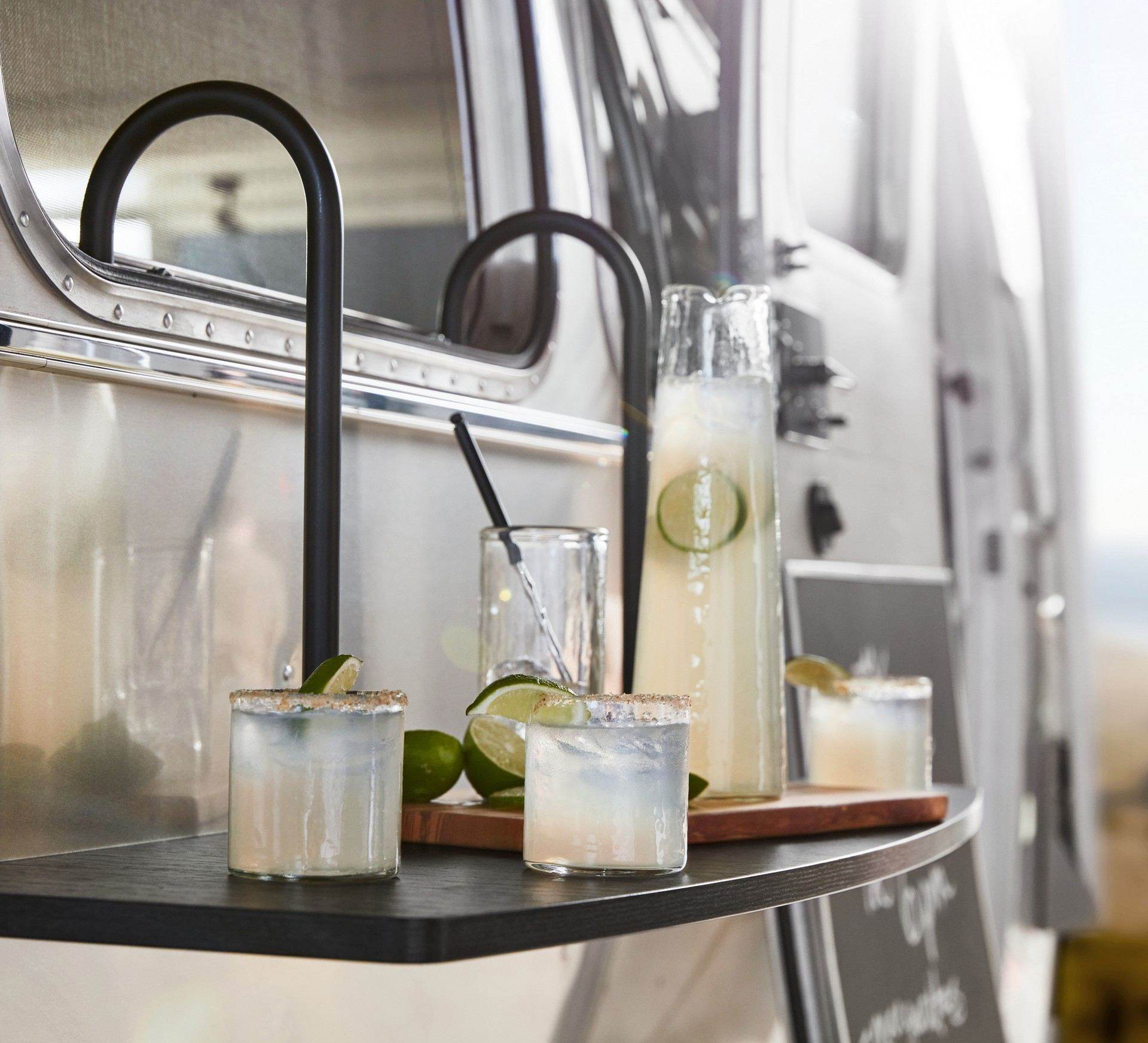 Airstream_Pottery_Barn_Special_Edition-0020
