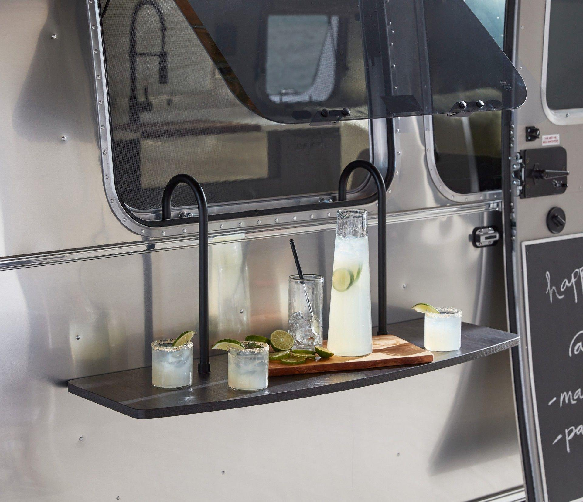 Airstream_Pottery_Barn_Special_Edition-0022
