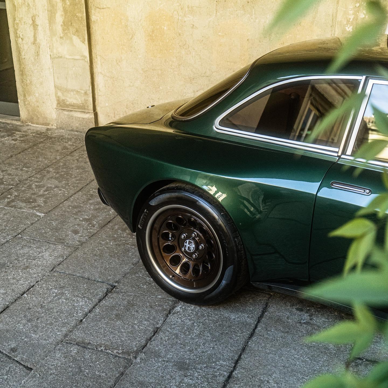 Alfa-Romeo-Giulia-GT-Super-by-Totem-Automobilli-5