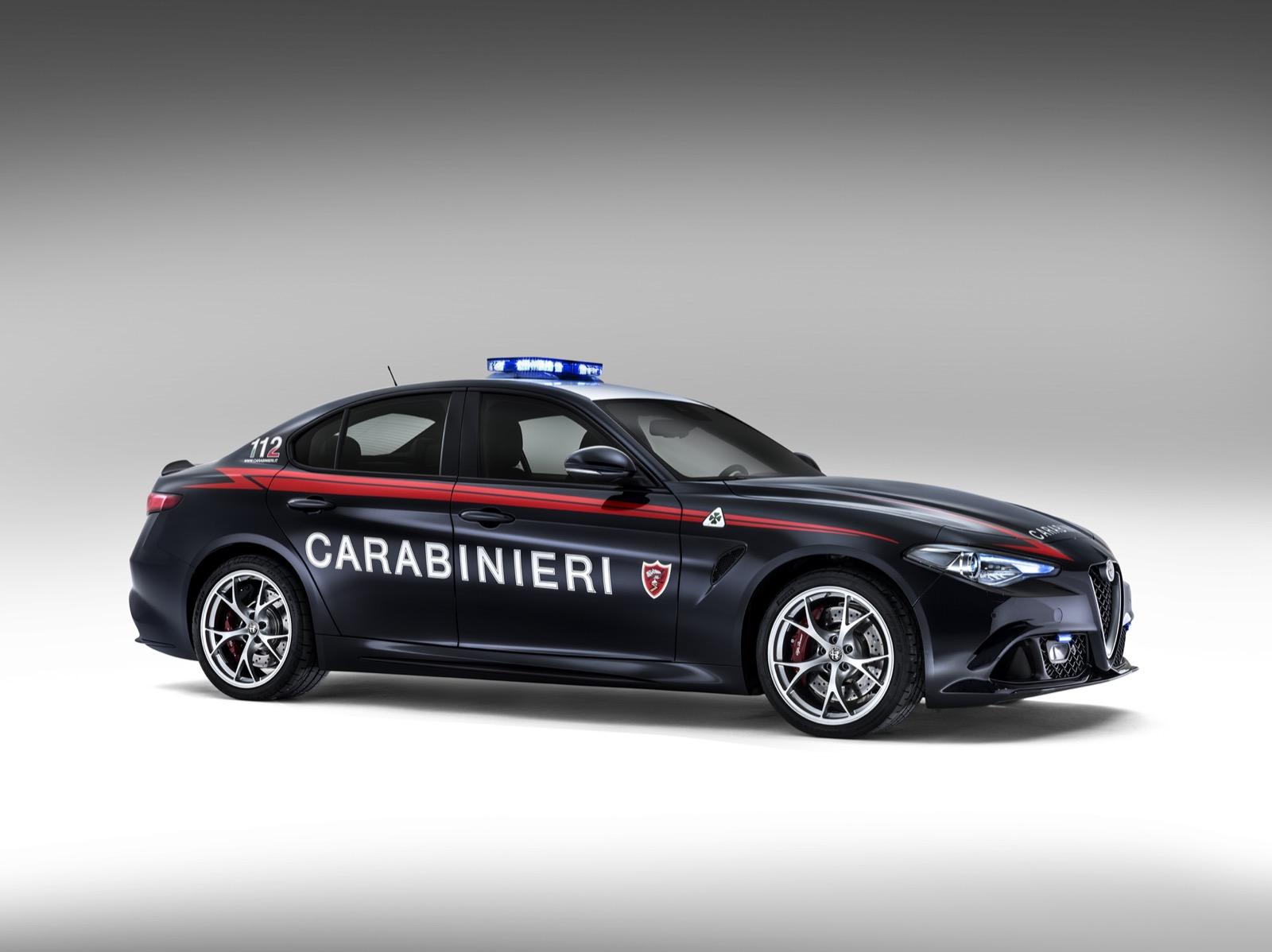 Alfa-Romeo-Giulia-Italy-Police-5
