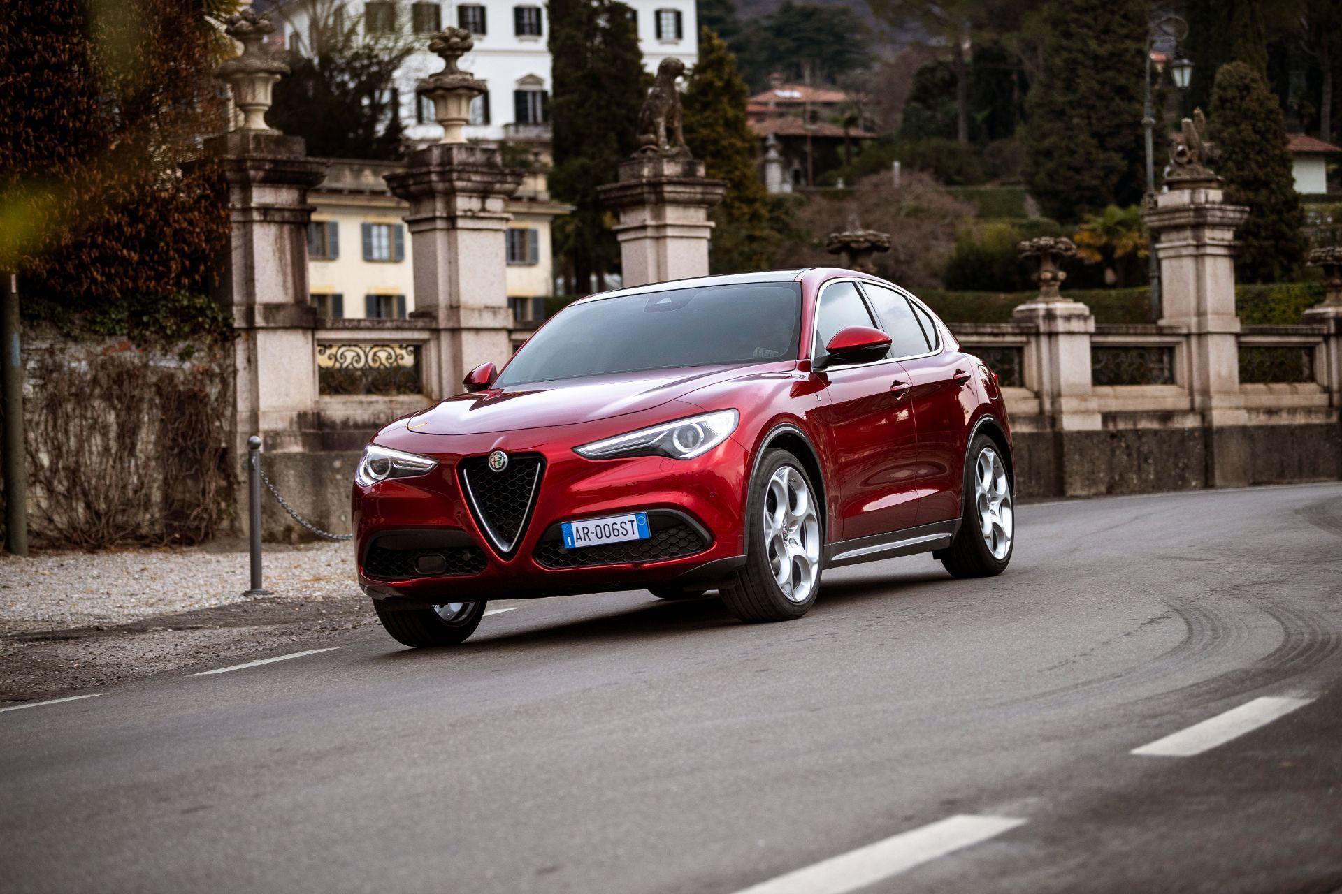 Alfa-Romeo-Giulia-and-Stelvio-6C-Villa-dEste-5