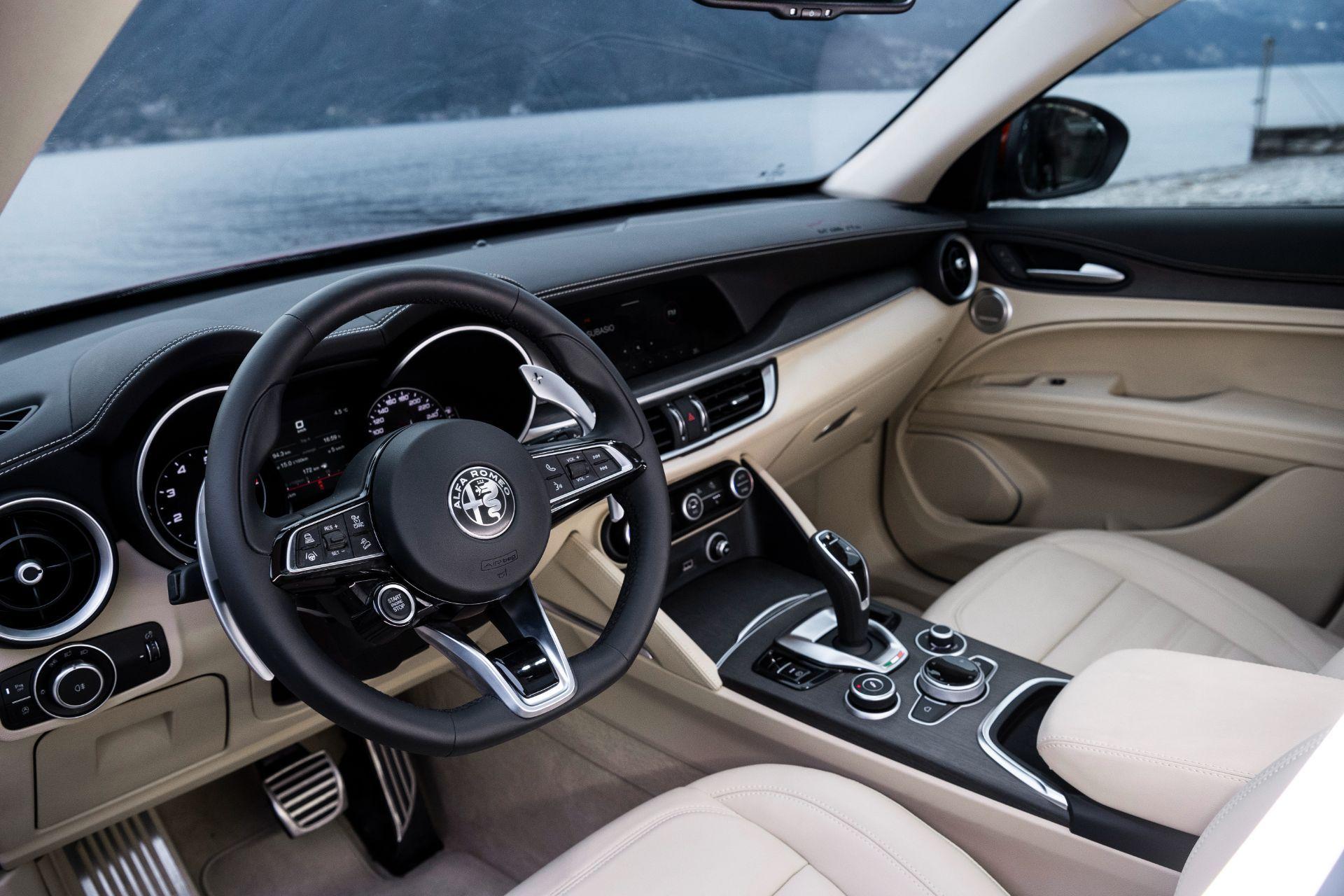 Alfa-Romeo-Giulia-and-Stelvio-6C-Villa-dEste-9