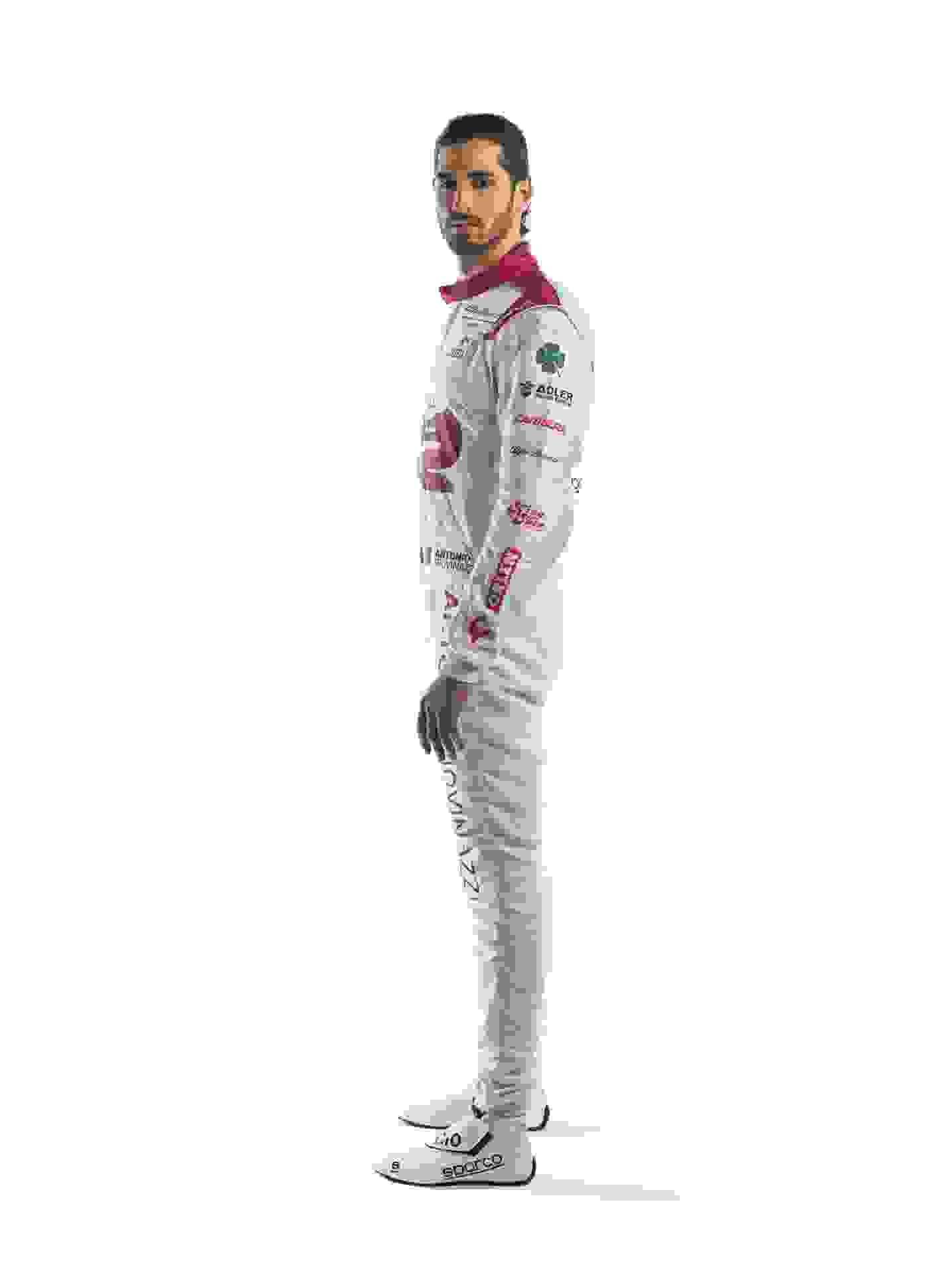 Antonio-Giovinazzi-Race-Suit-4