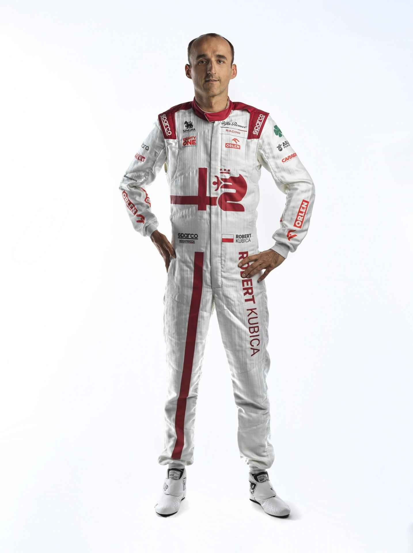 Robert-Kubica-Race-Suit-3