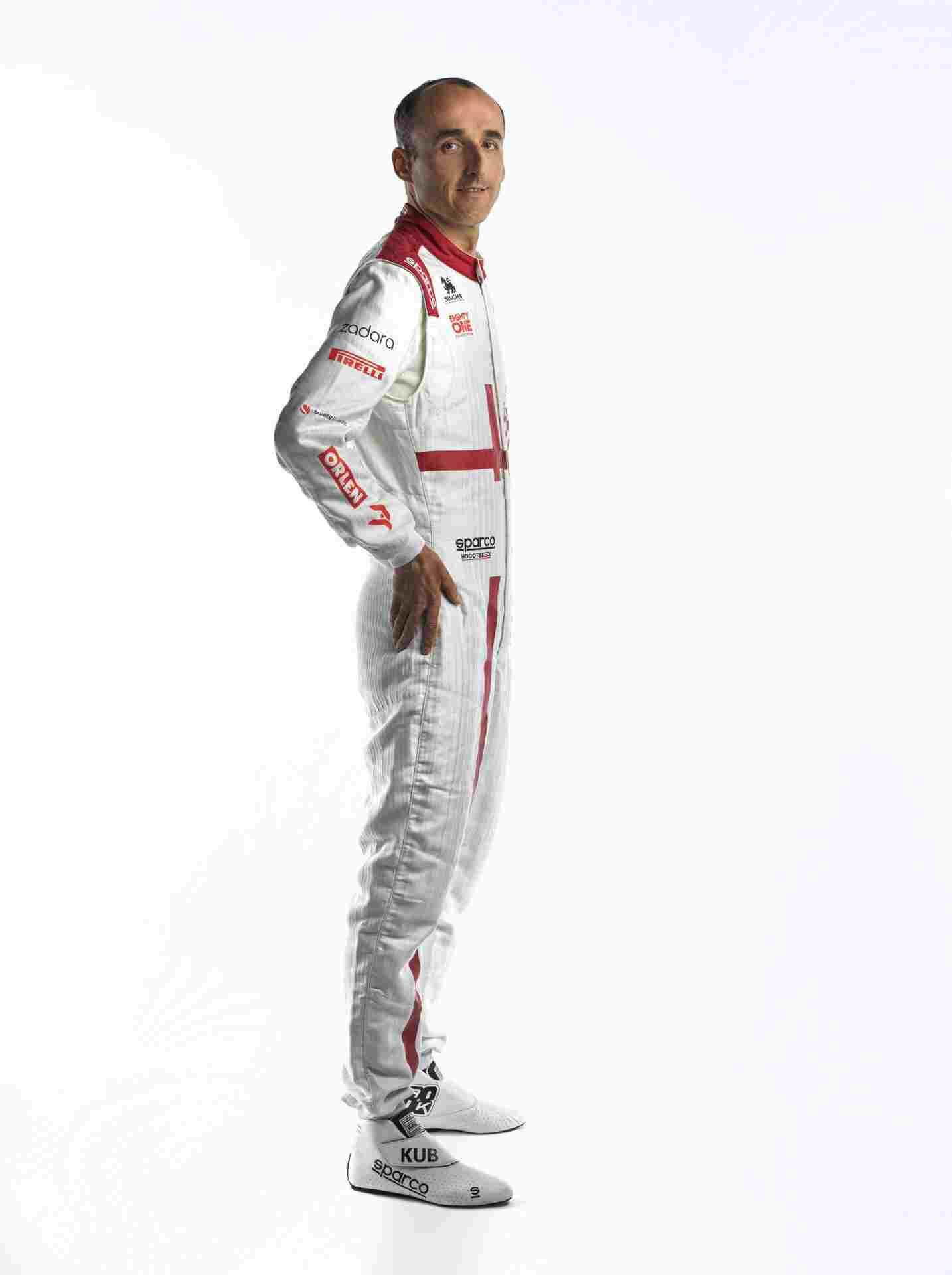 Robert-Kubica-Race-Suit-5