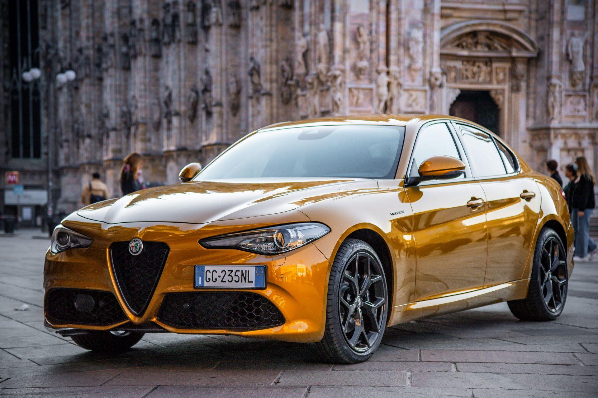 Alfa-Romeo-Stelvio-and-Giulia-GT-Junior-3