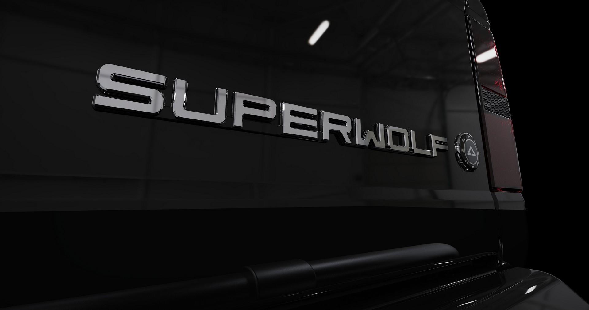 Alpha-SuperWolf0140