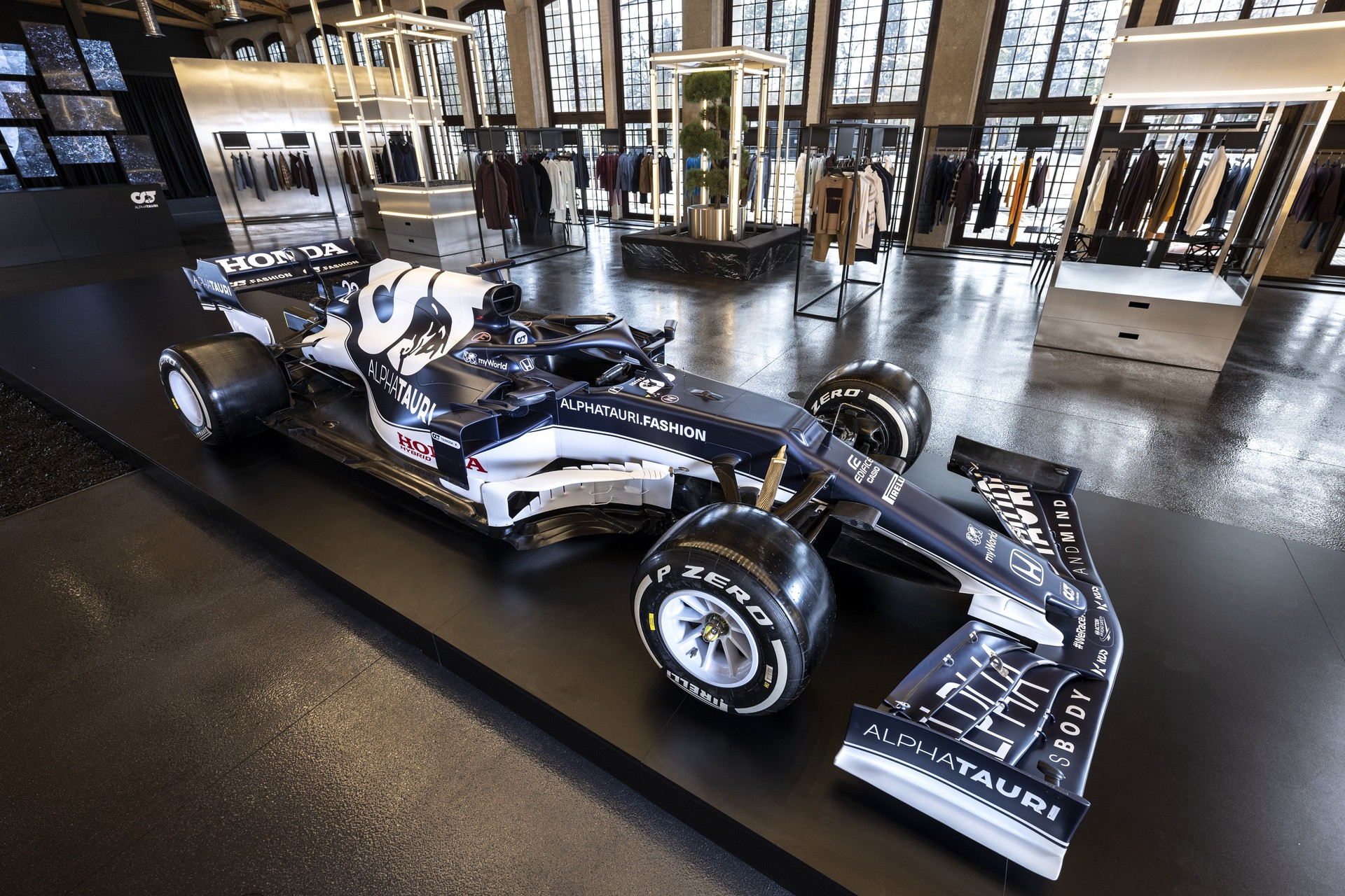 The AT02 seen during the Suderia AlphaTauri AT02 Livery Reveal 2021 - Fashion meets Formula 1 in Salzburg, Austria on February 15, 2021. // Joerg Mitter / Red Bull Content Pool // SI202102180139 // Usage for editorial use only //