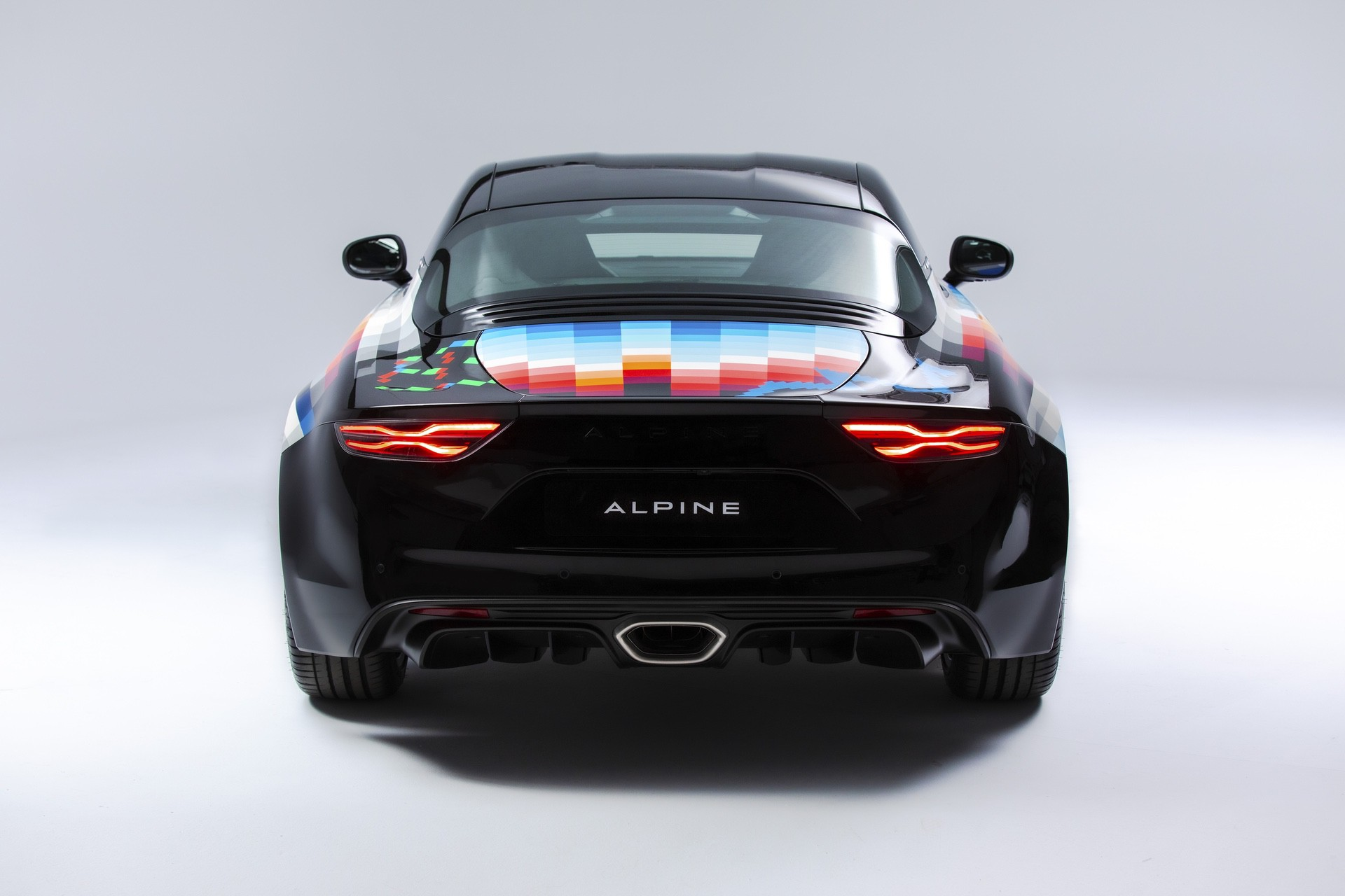 8-2021-Alpine-A110-x-Felipe-Pantone