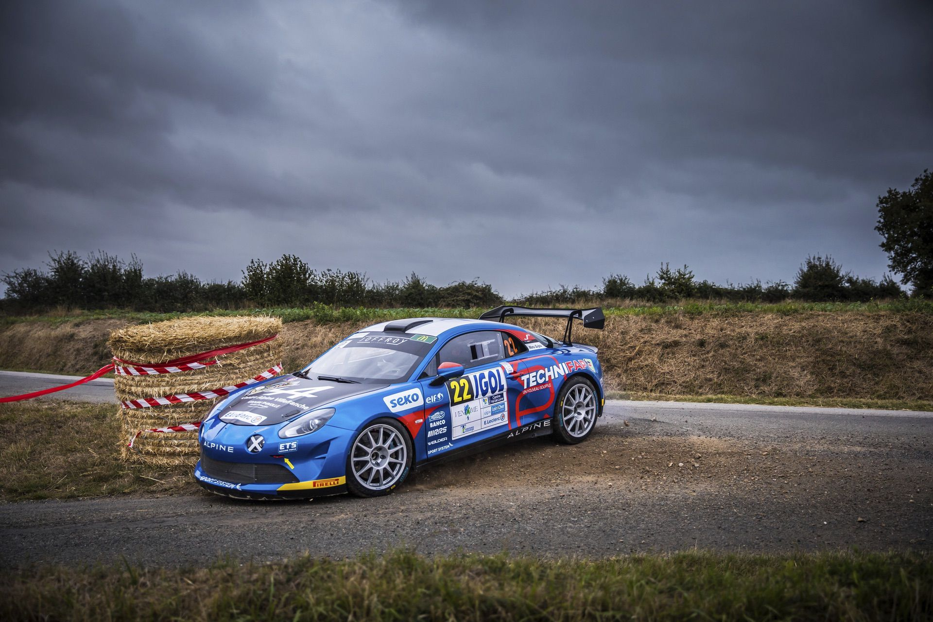 19-2021-Alpine-Story-Rallye