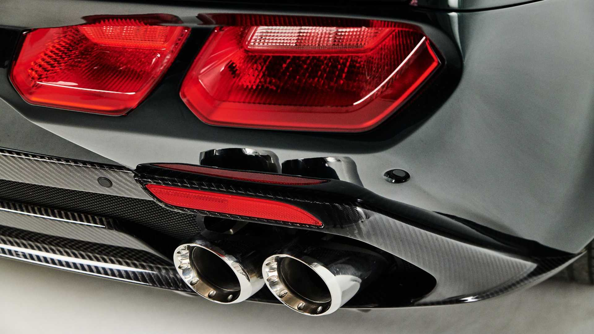 2021-ares-design-progetto-uno-exhaust