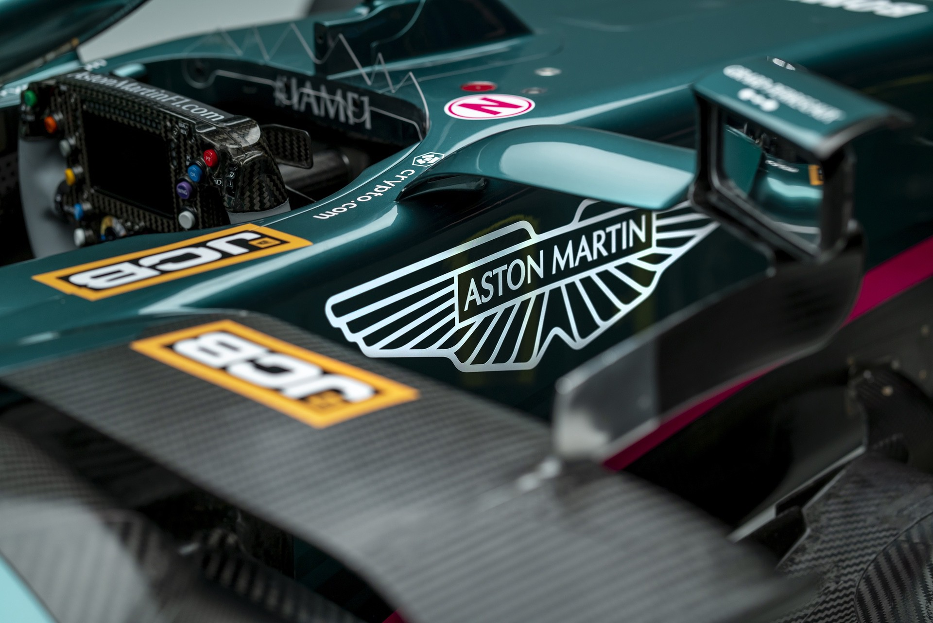 Aston-Martin-Cognizant-Formula-One-TeamAMR2108