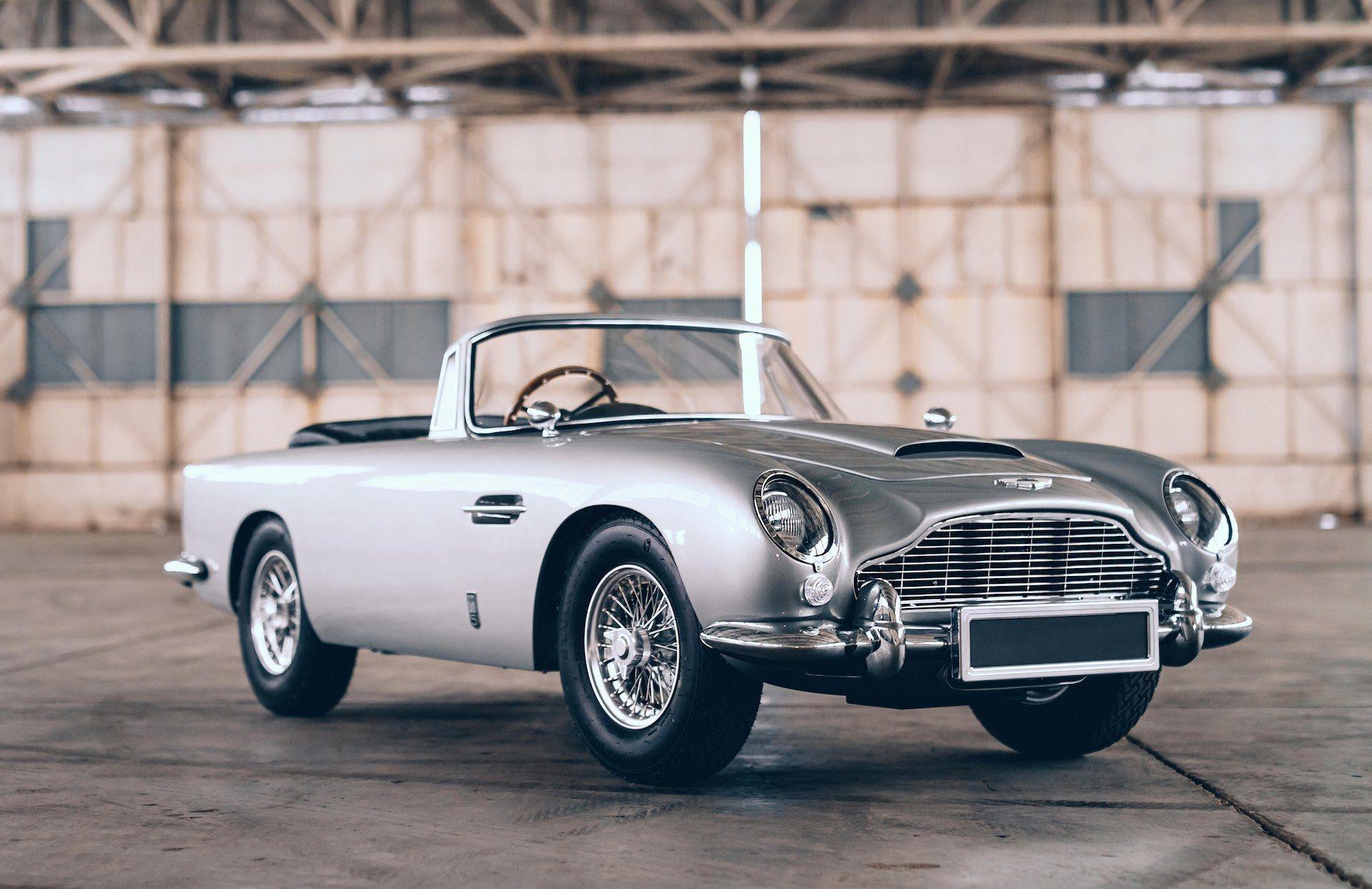 Aston-Martin-DB5-Junior-James-Bond-Edition-1