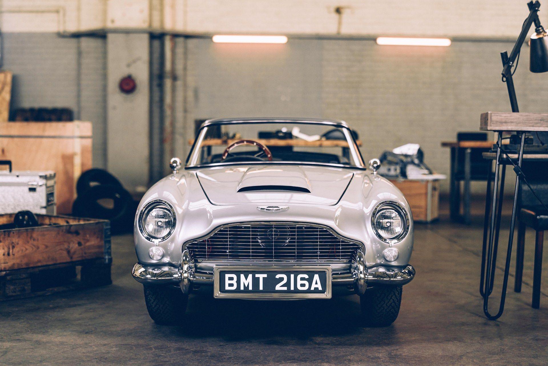 Aston-Martin-DB5-Junior-James-Bond-Edition-3