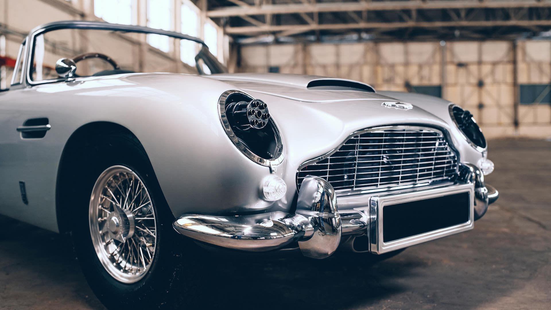 Aston-Martin-DB5-Junior-James-Bond-Edition-5