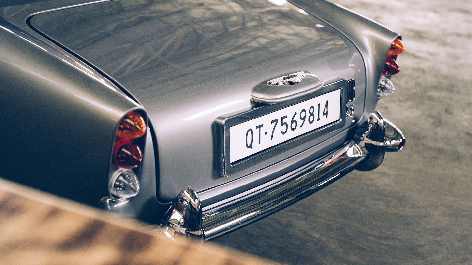 Aston-Martin-DB5-Junior-James-Bond-Edition-7