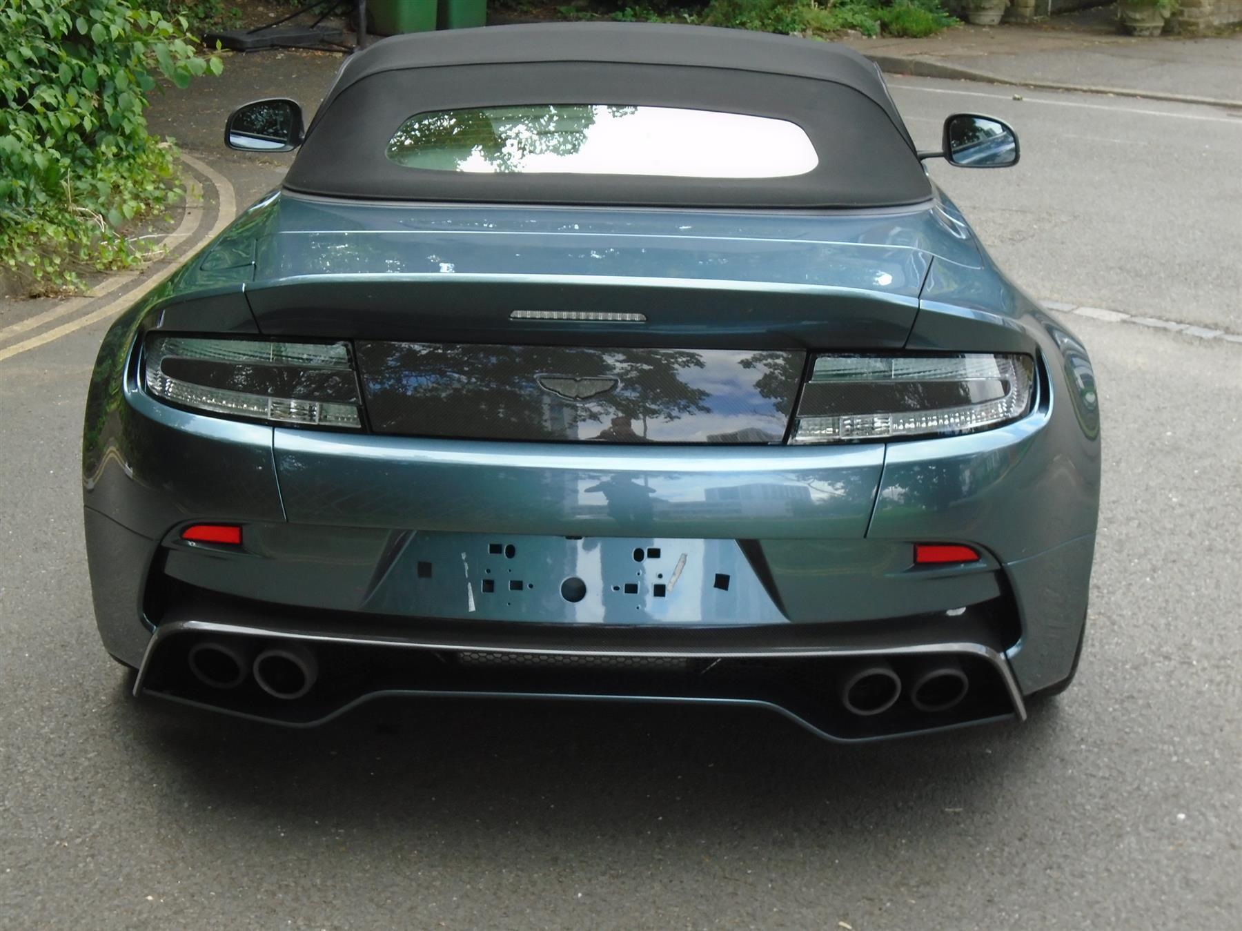 Aston_Martin_V12_Vantage_V600_Roadster_sale-0003