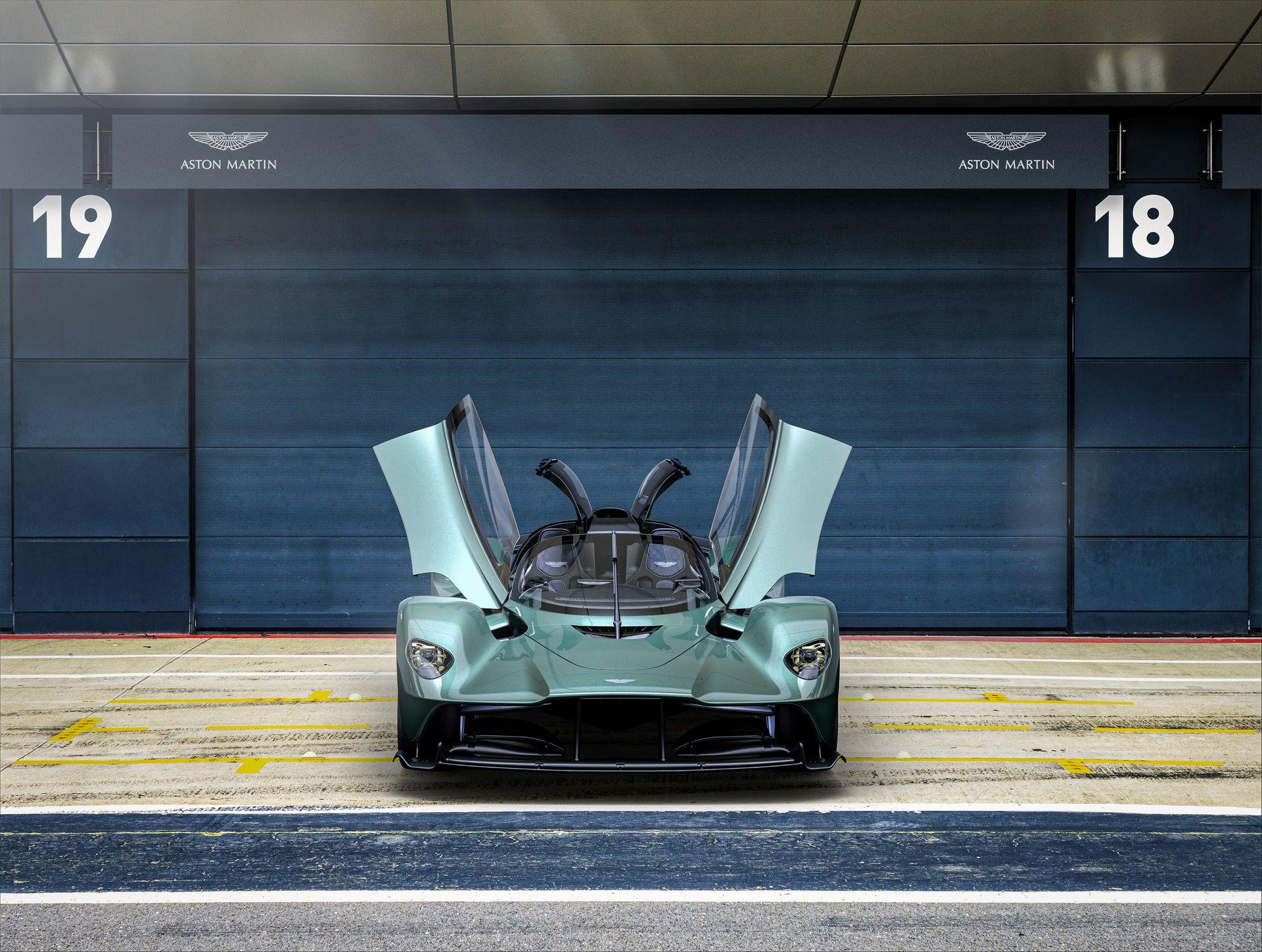 Aston-Martin-Valkyrie-Spider-2