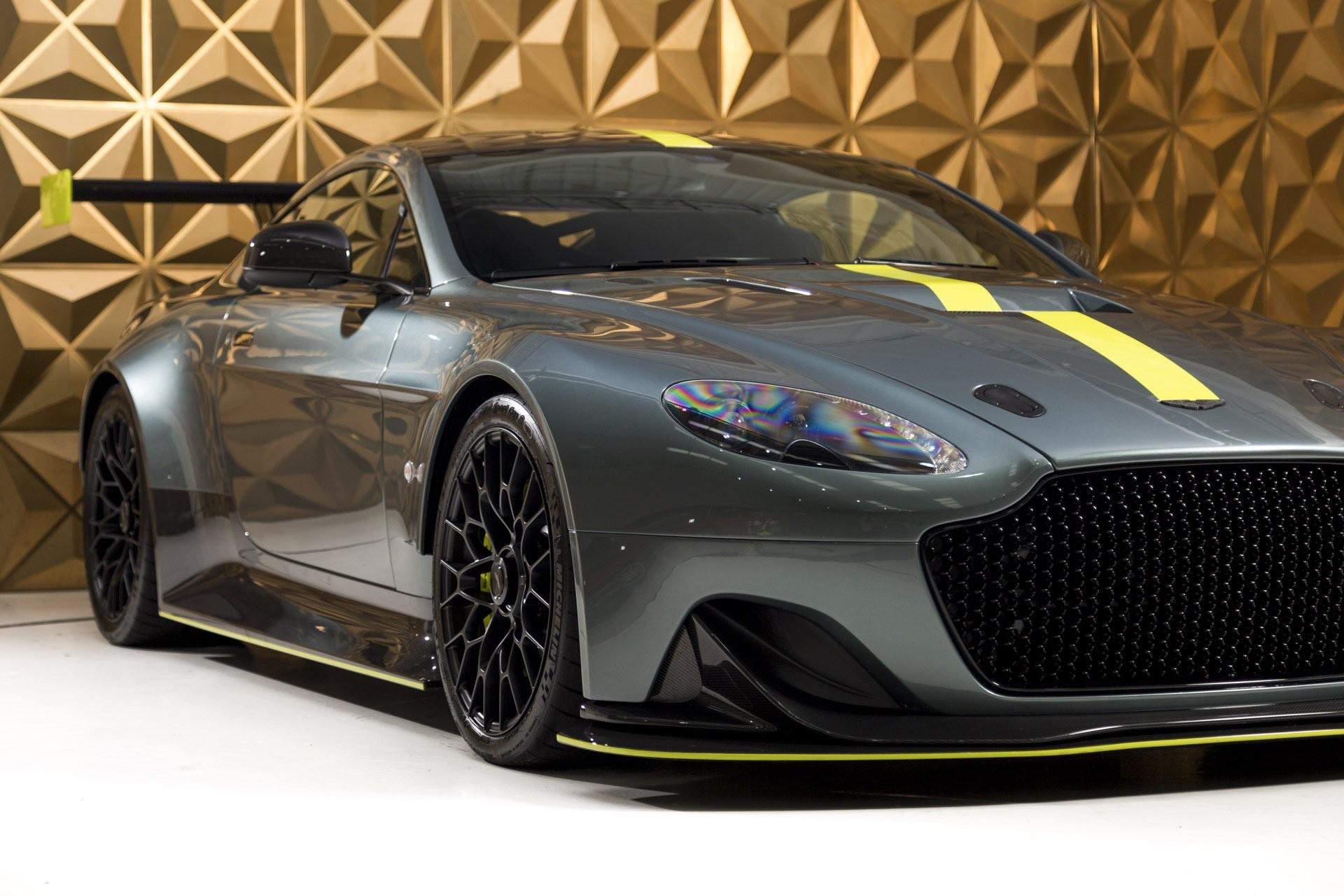 Aston_Martin_Vantage_AMR_Pro_sale-0002