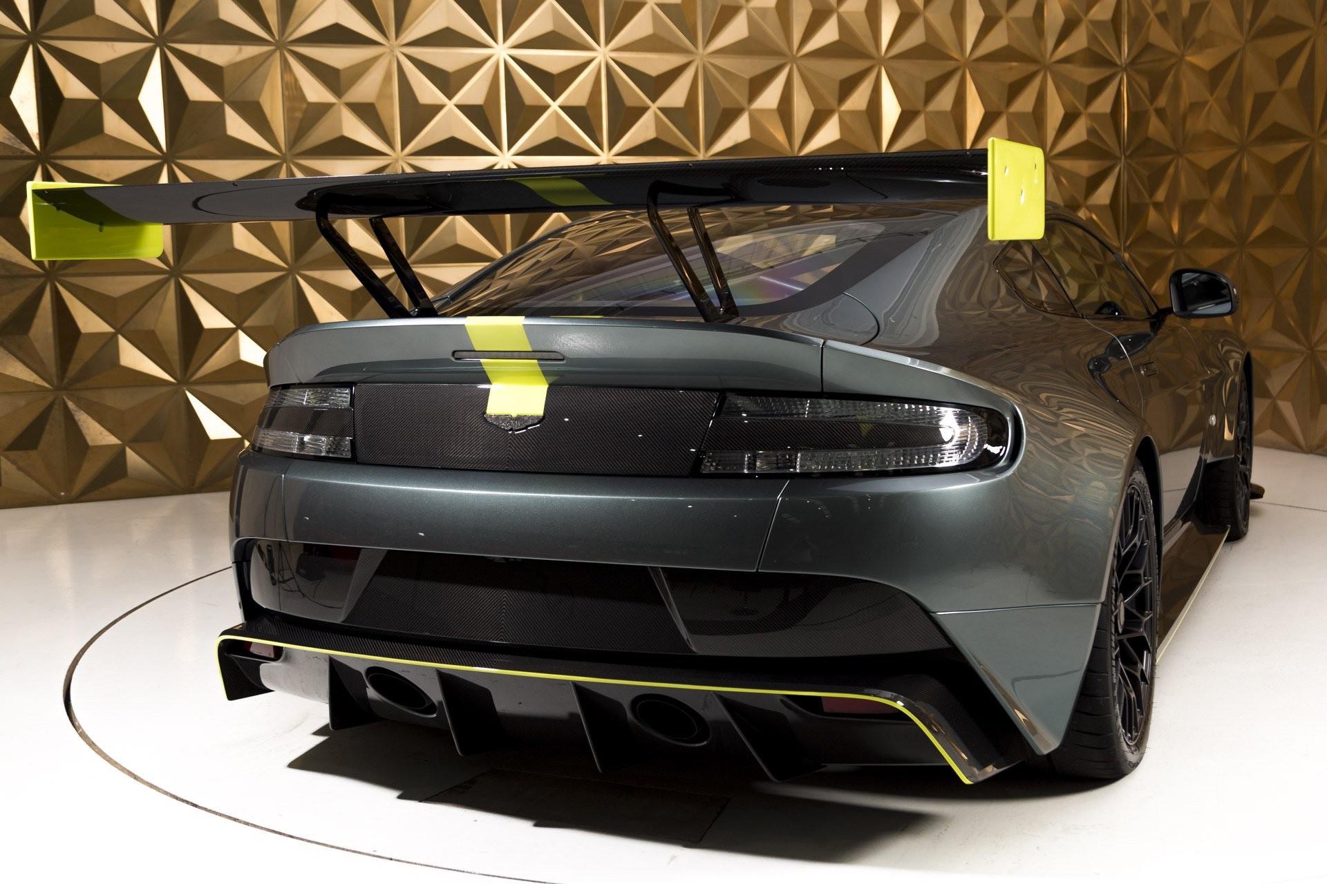 Aston_Martin_Vantage_AMR_Pro_sale-0017