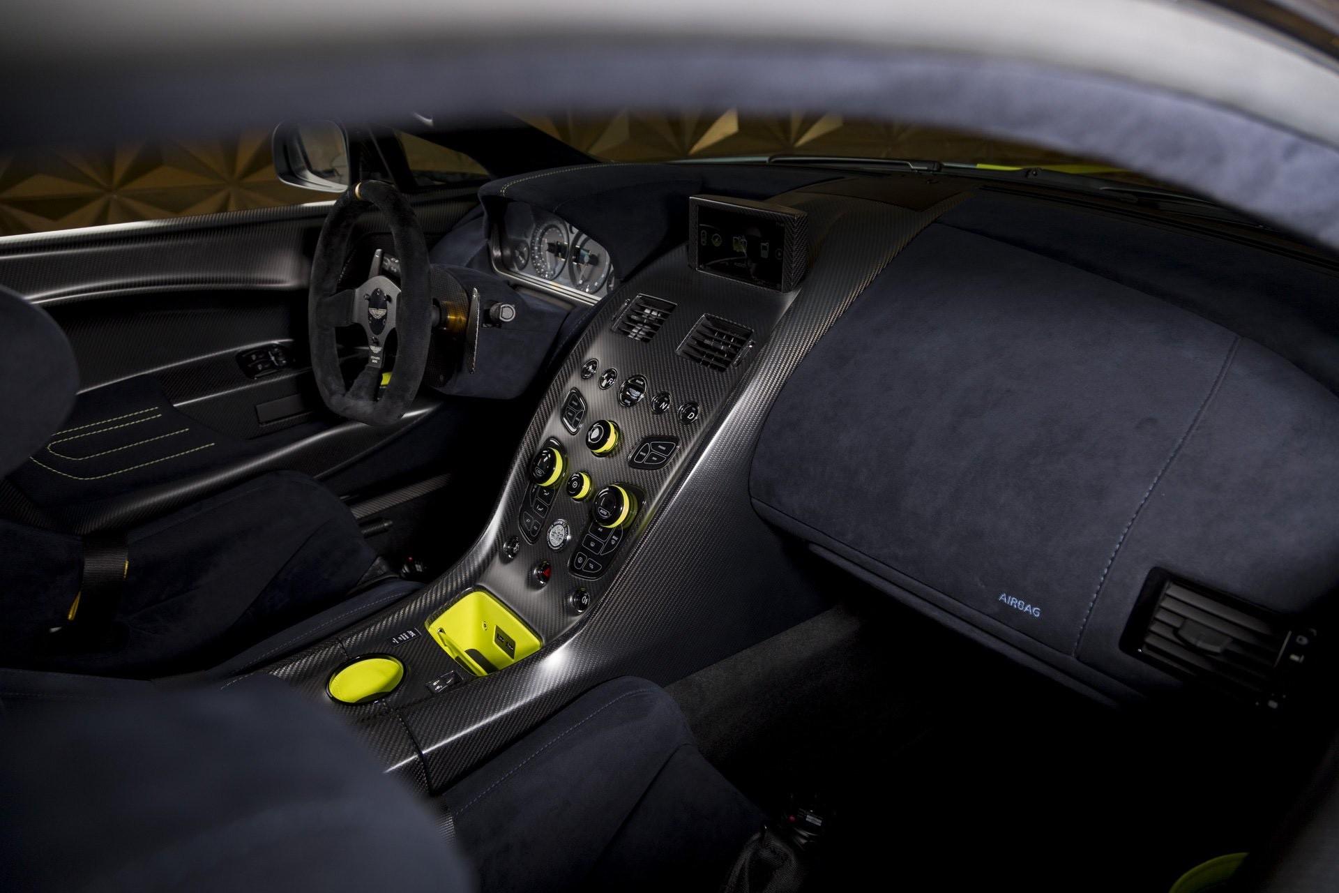 Aston_Martin_Vantage_AMR_Pro_sale-0035