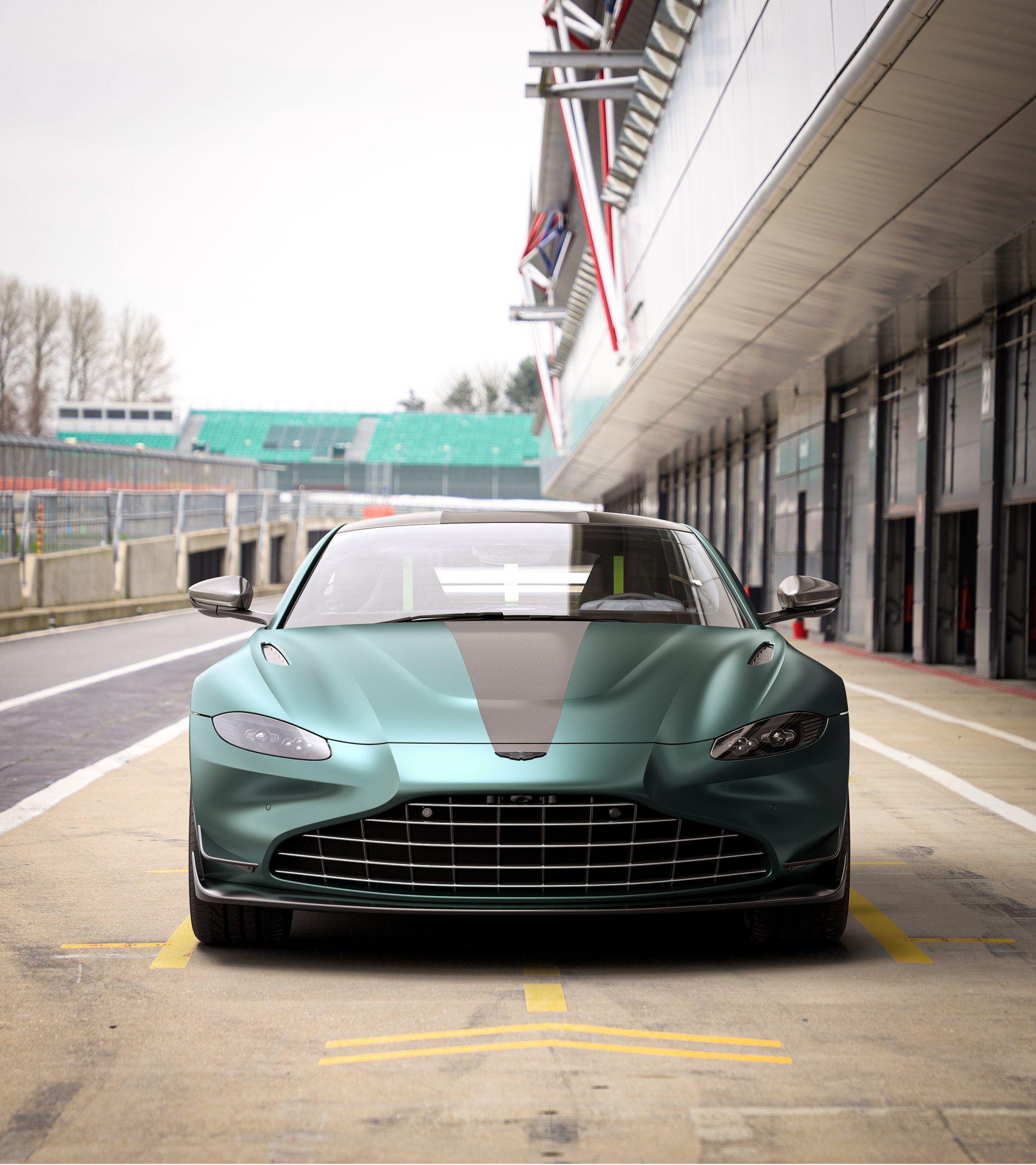 Aston-Martin-Vantage-F1-Edition-2