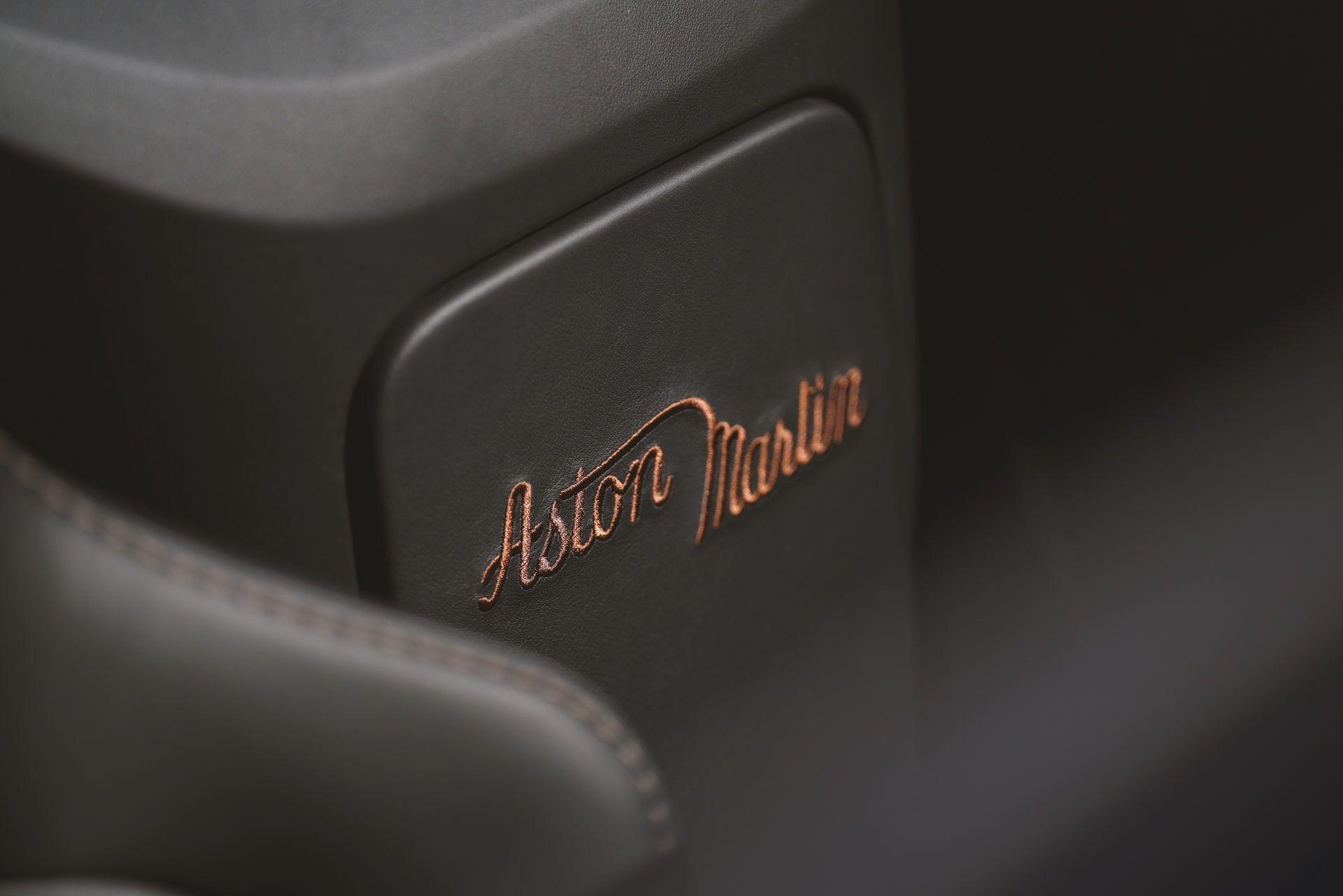 Aston-Martin-Vantage-Roadster-A3-16