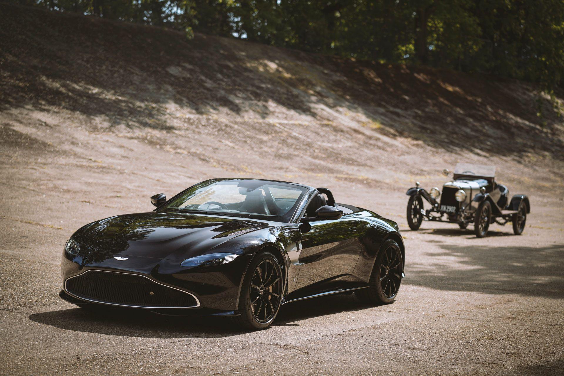 Aston-Martin-Vantage-Roadster-A3-2
