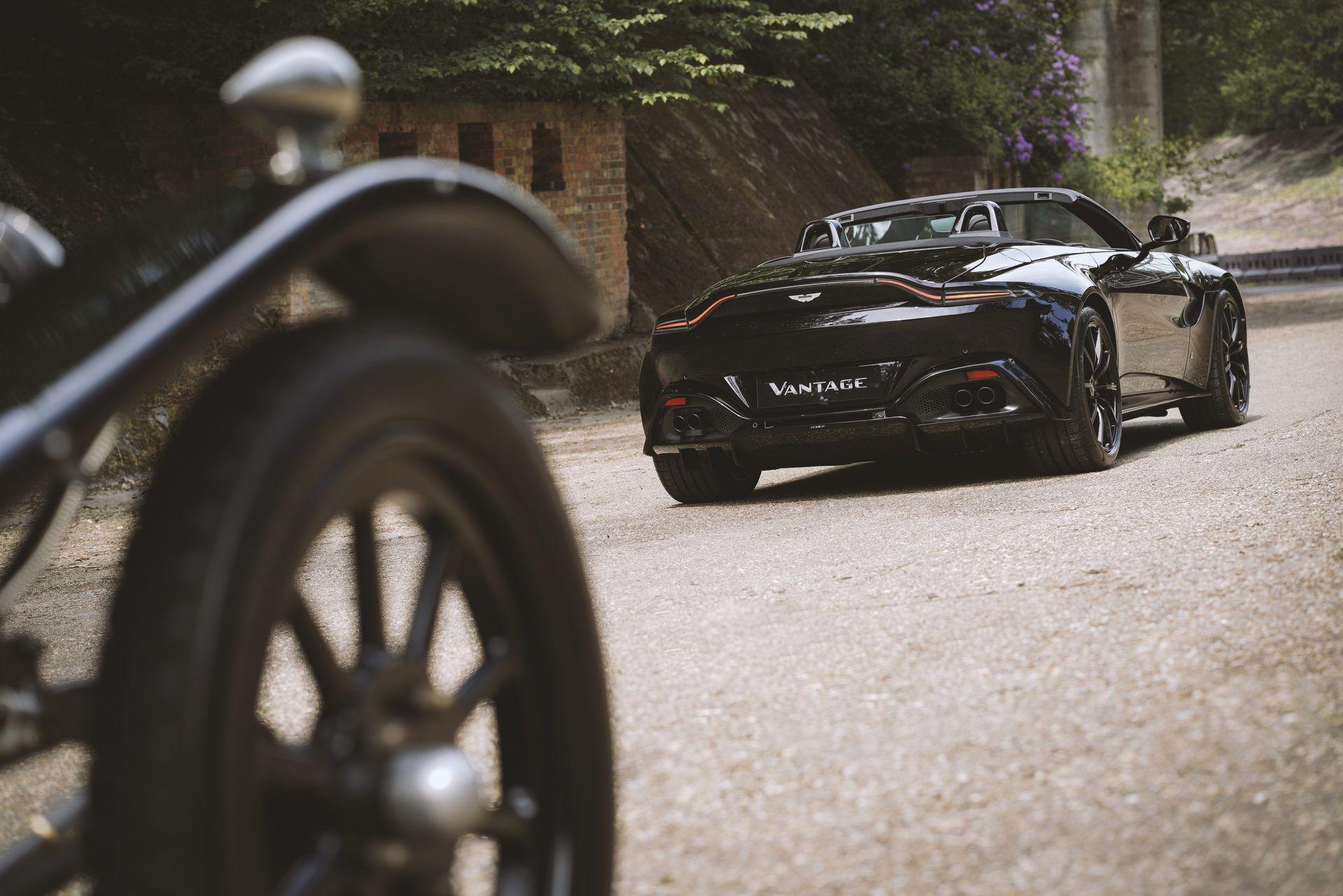 Aston-Martin-Vantage-Roadster-A3-3