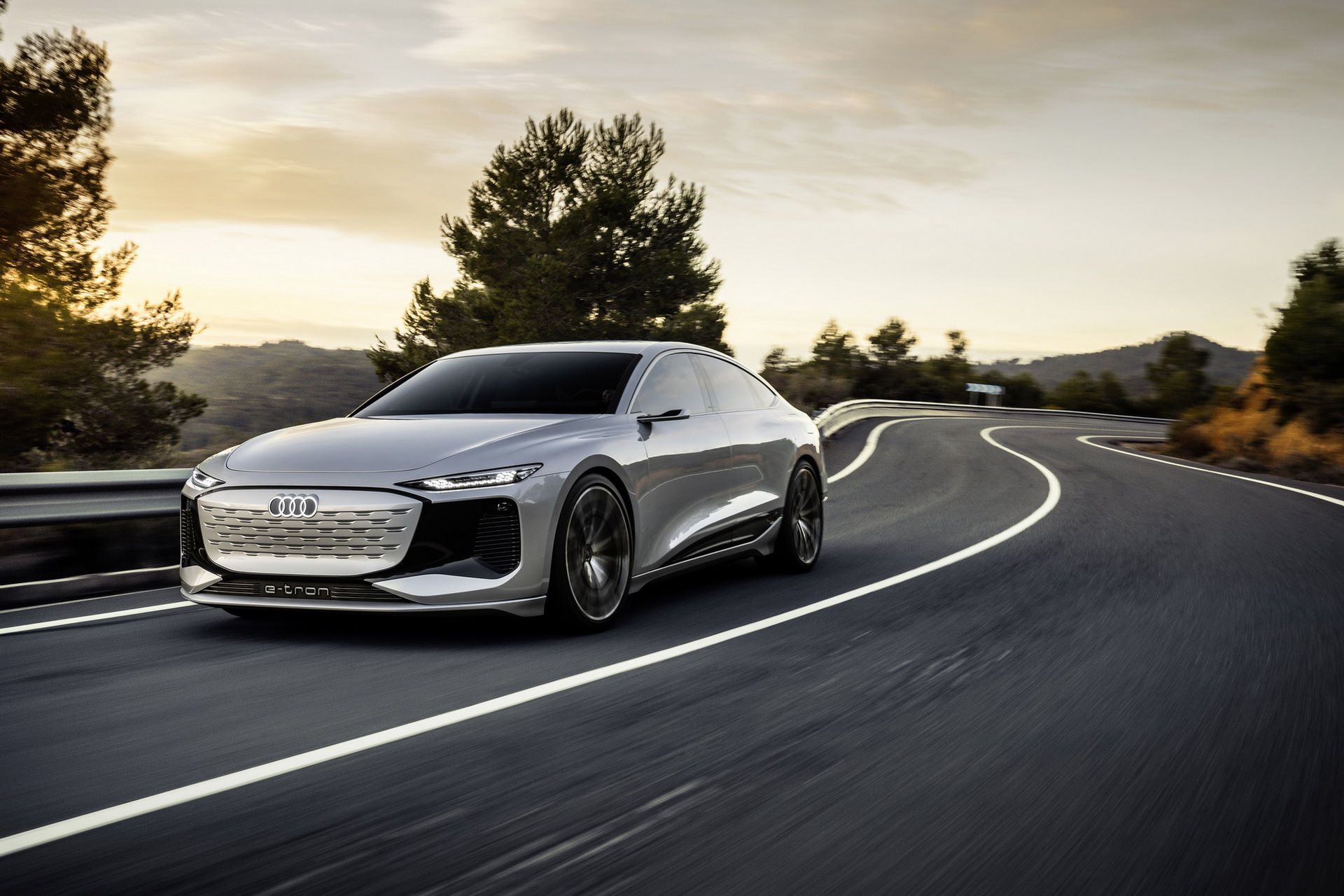 Audi-A6-e-tron-concept-1