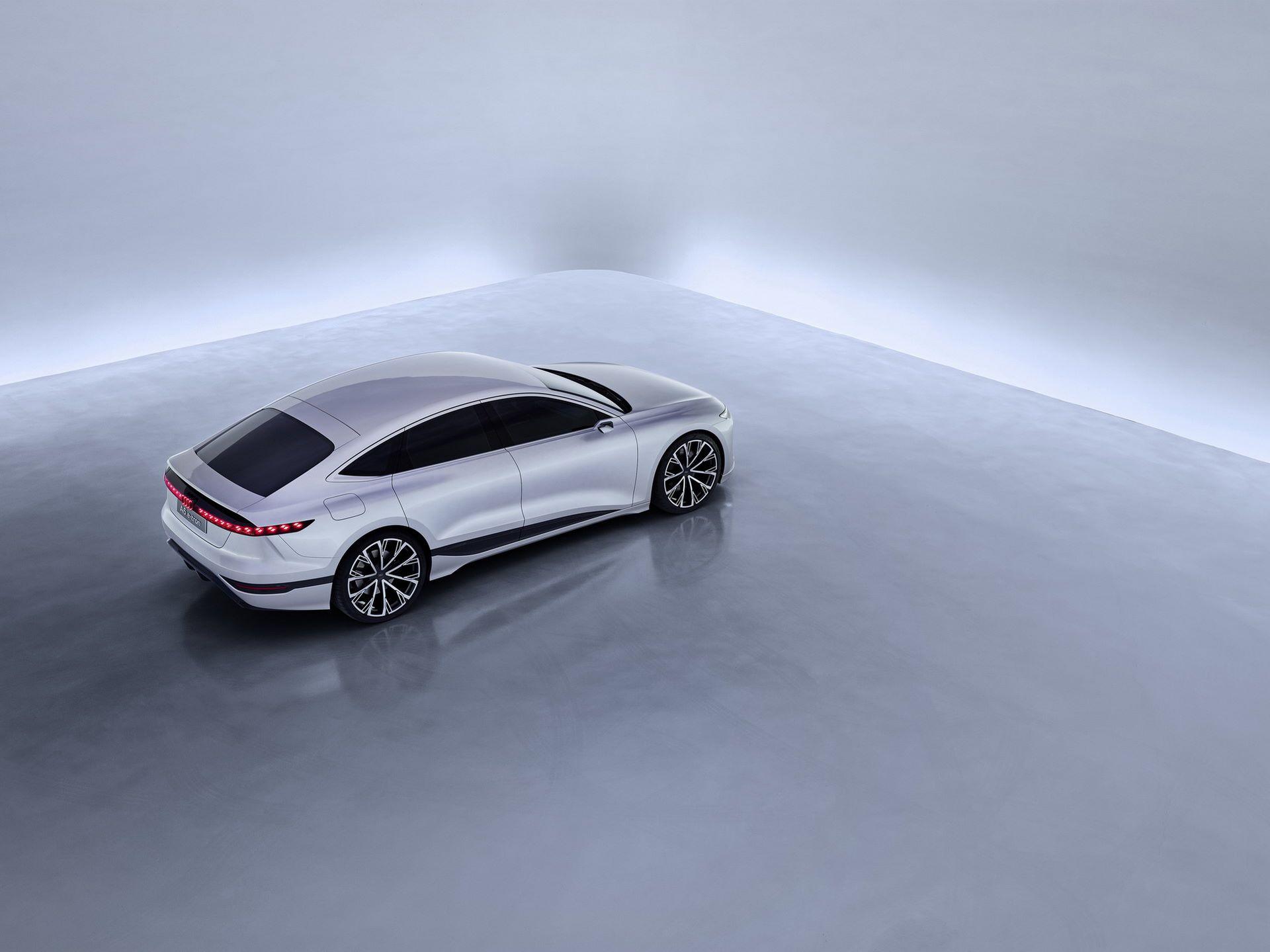 Audi-A6-e-tron-concept-18