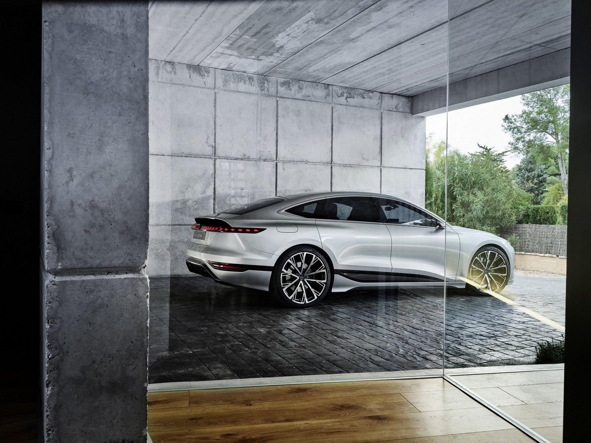 Audi-A6-e-tron-concept-26