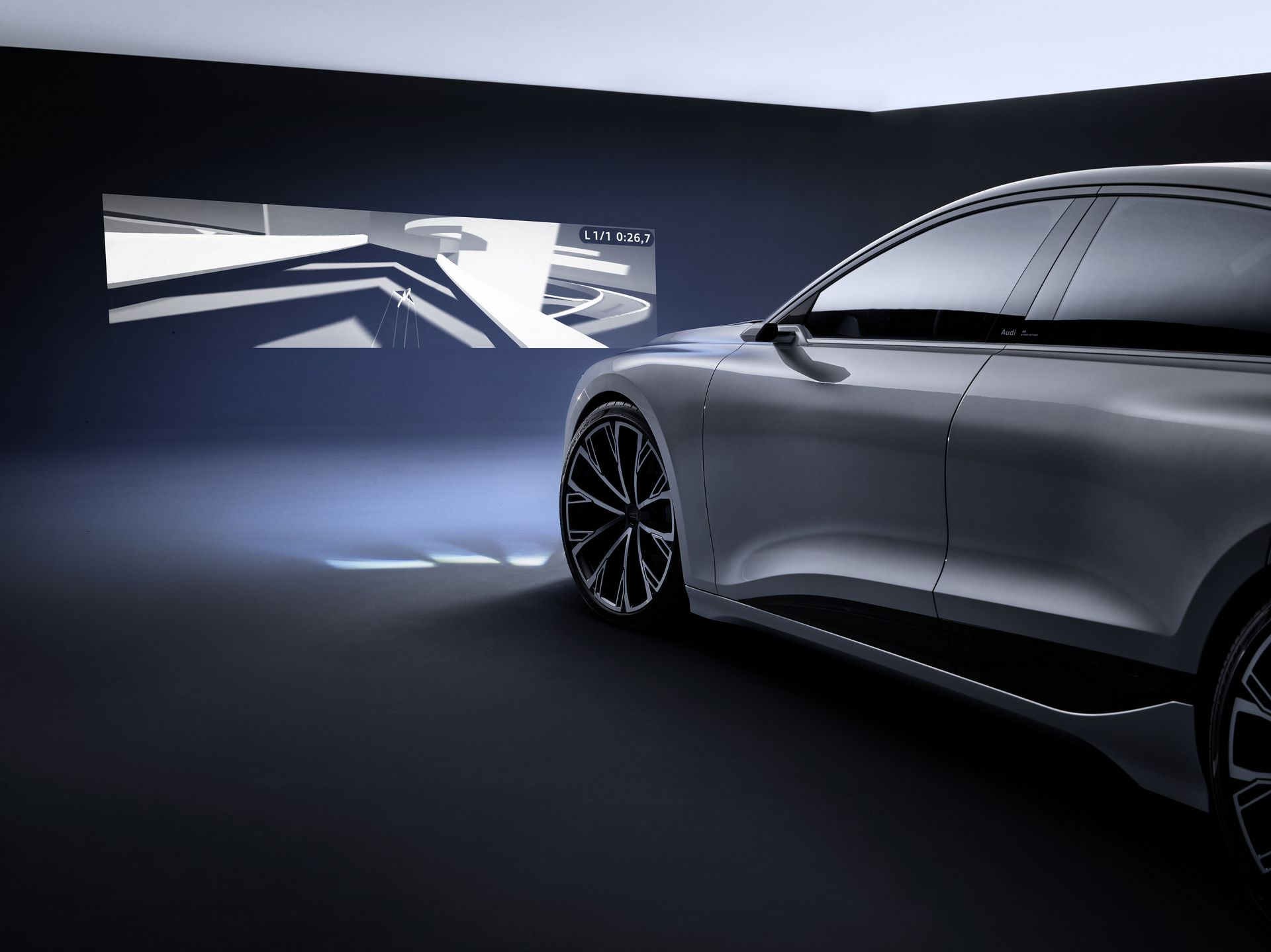 Audi-A6-e-tron-concept-57
