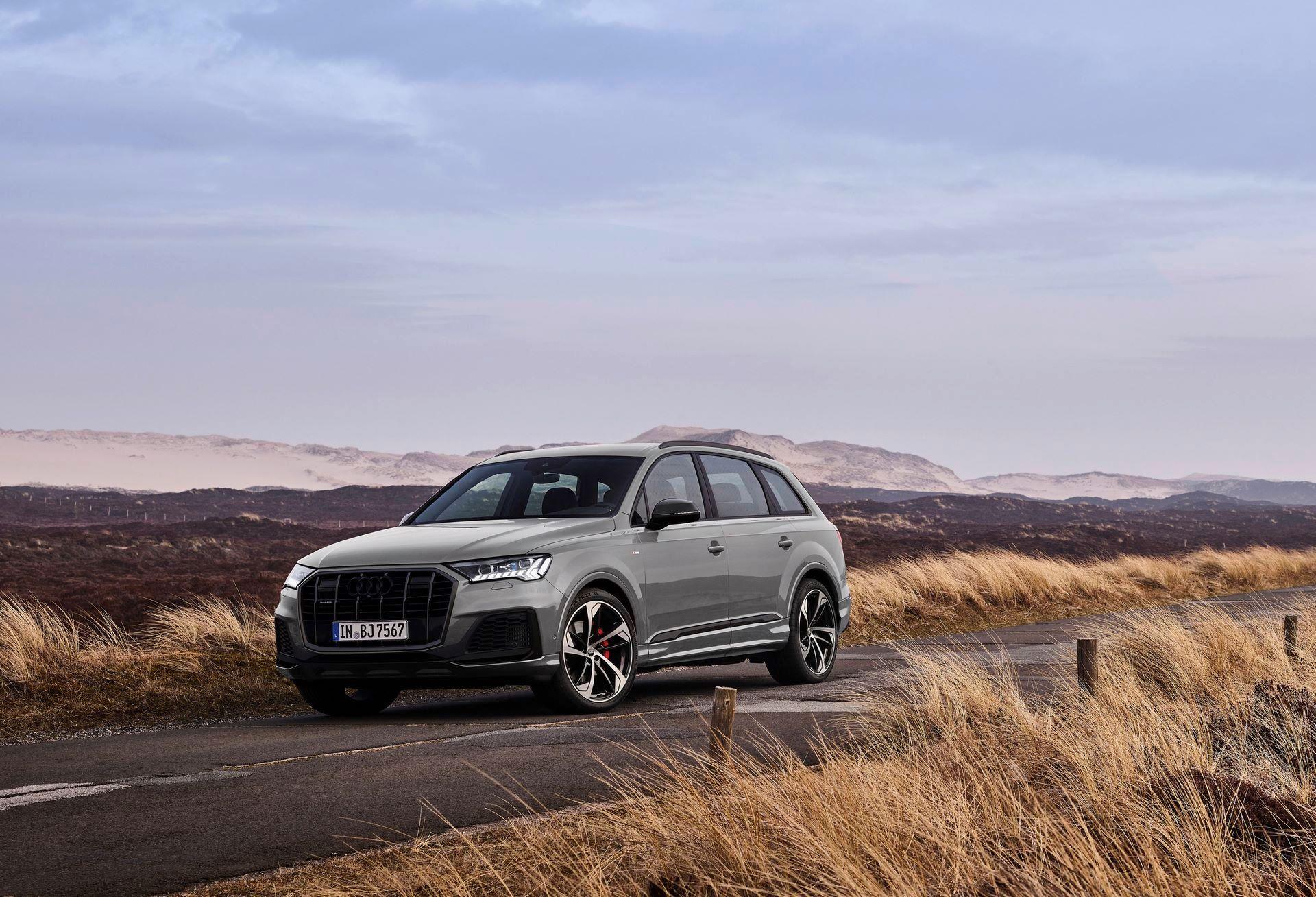 Audi-A4-A5-Q7-Q8-Competition-And-Competition-Plus-Trims-39