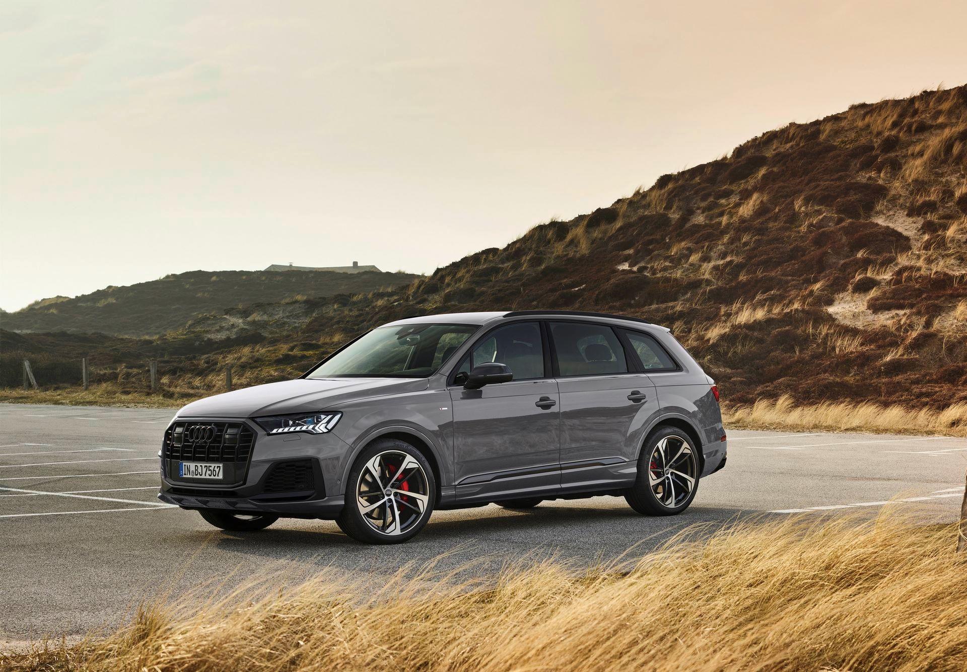 Audi-A4-A5-Q7-Q8-Competition-And-Competition-Plus-Trims-40