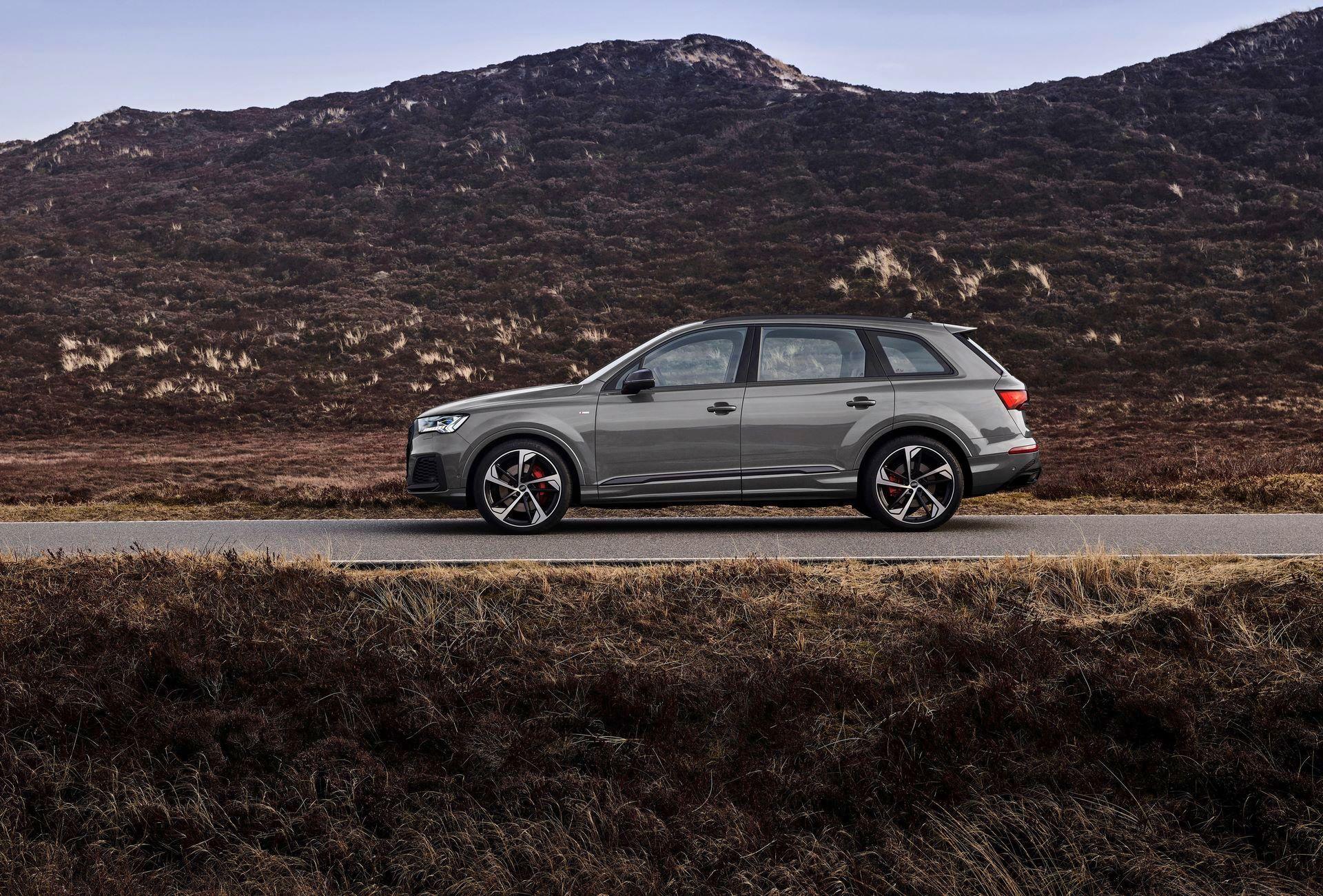Audi-A4-A5-Q7-Q8-Competition-And-Competition-Plus-Trims-41