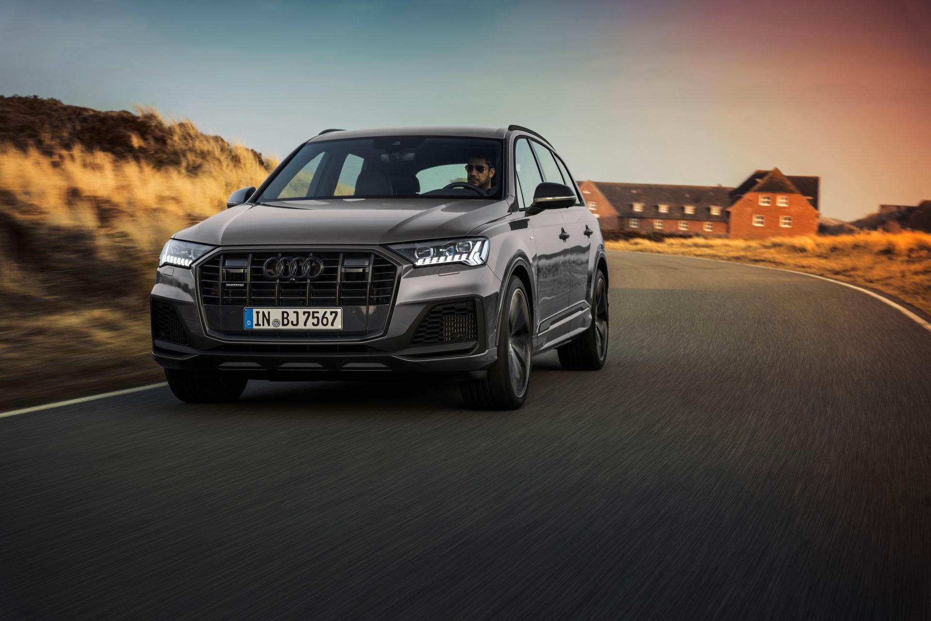 Audi-A4-A5-Q7-Q8-Competition-And-Competition-Plus-Trims-42