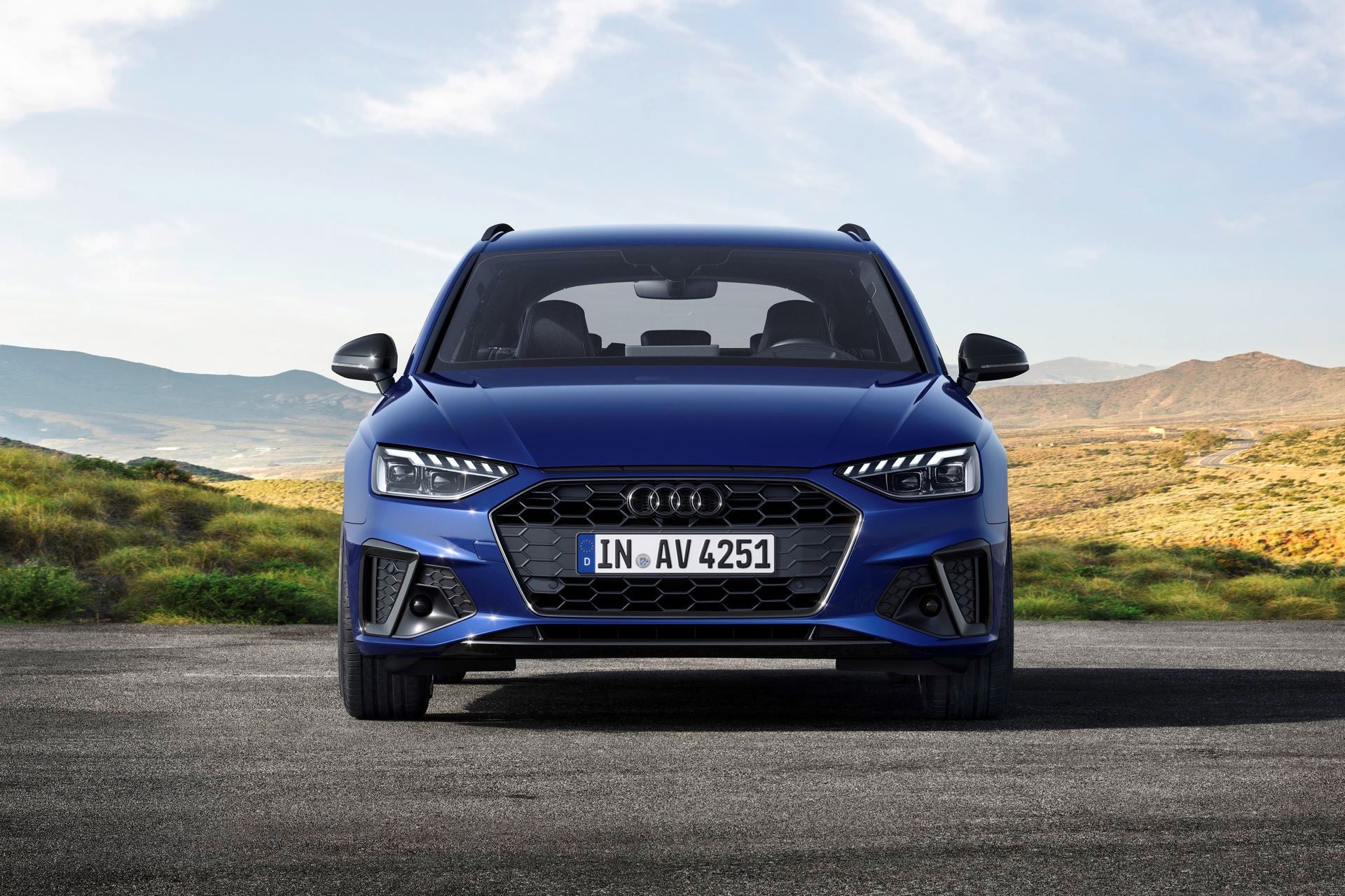 Audi-A4-A5-Q7-Q8-Competition-And-Competition-Plus-Trims-48