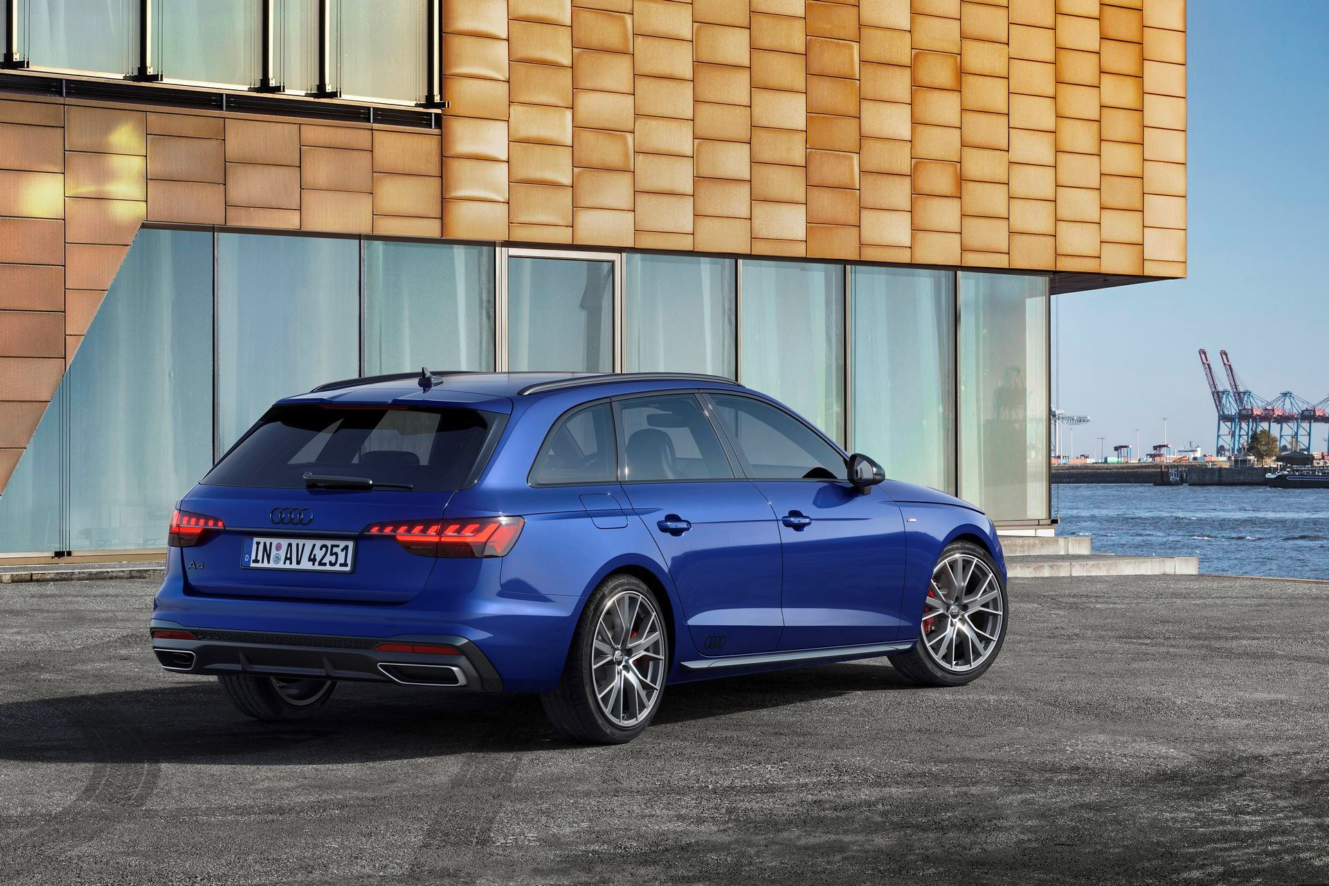 Audi-A4-A5-Q7-Q8-Competition-And-Competition-Plus-Trims-52