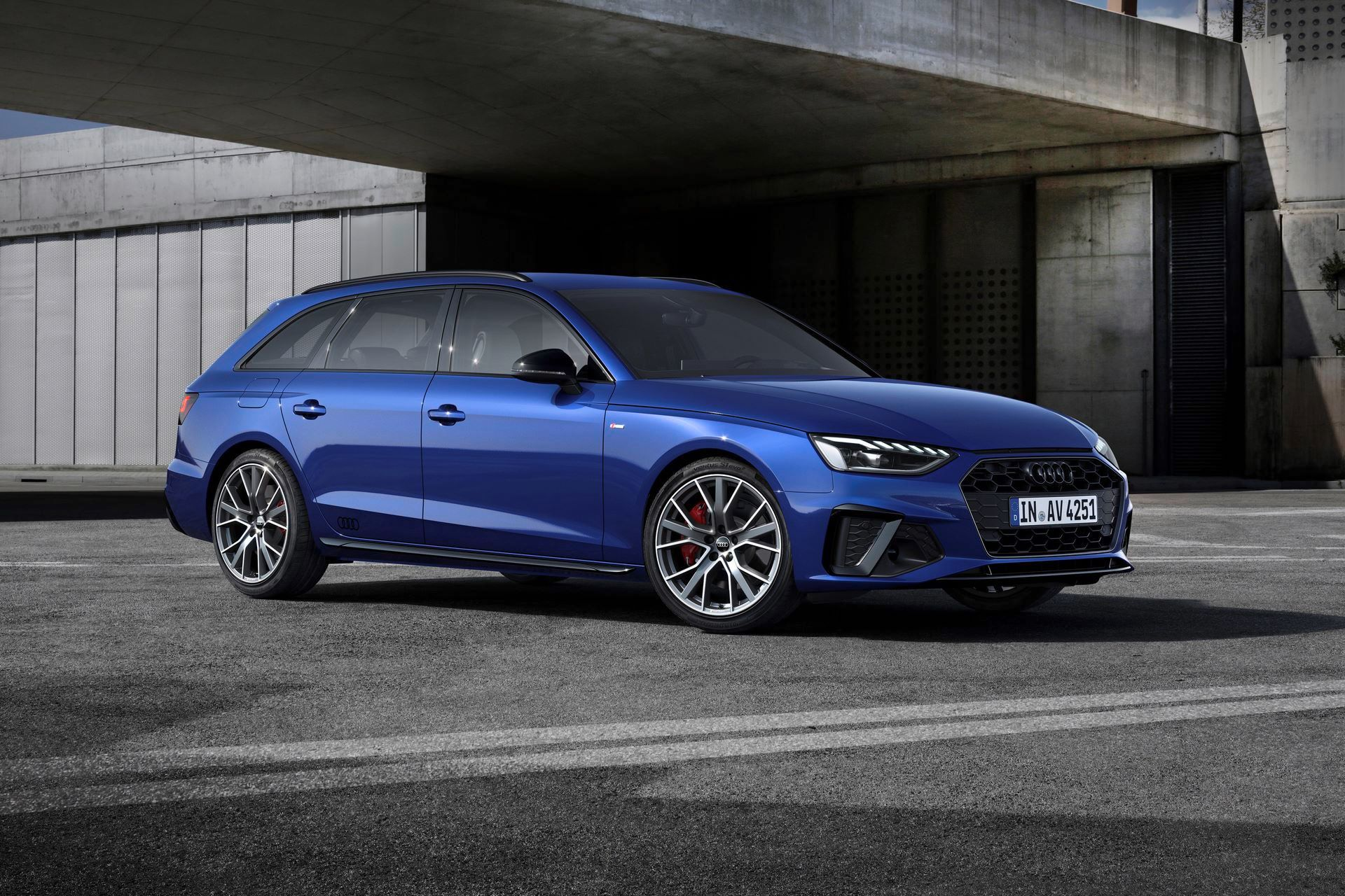 Audi-A4-A5-Q7-Q8-Competition-And-Competition-Plus-Trims-55