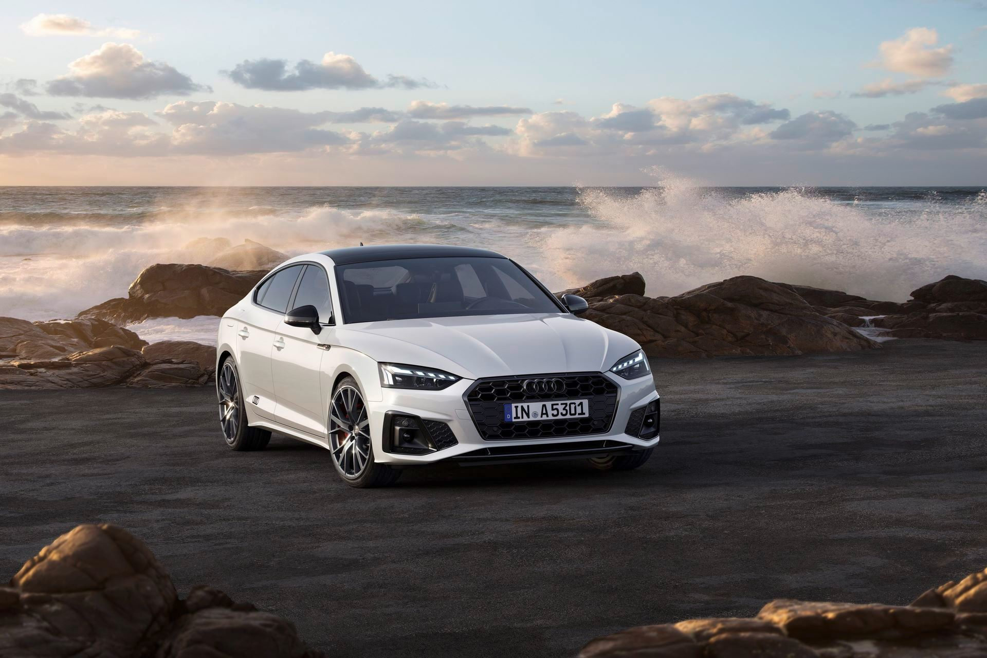 Audi-A4-A5-Q7-Q8-Competition-And-Competition-Plus-Trims-65
